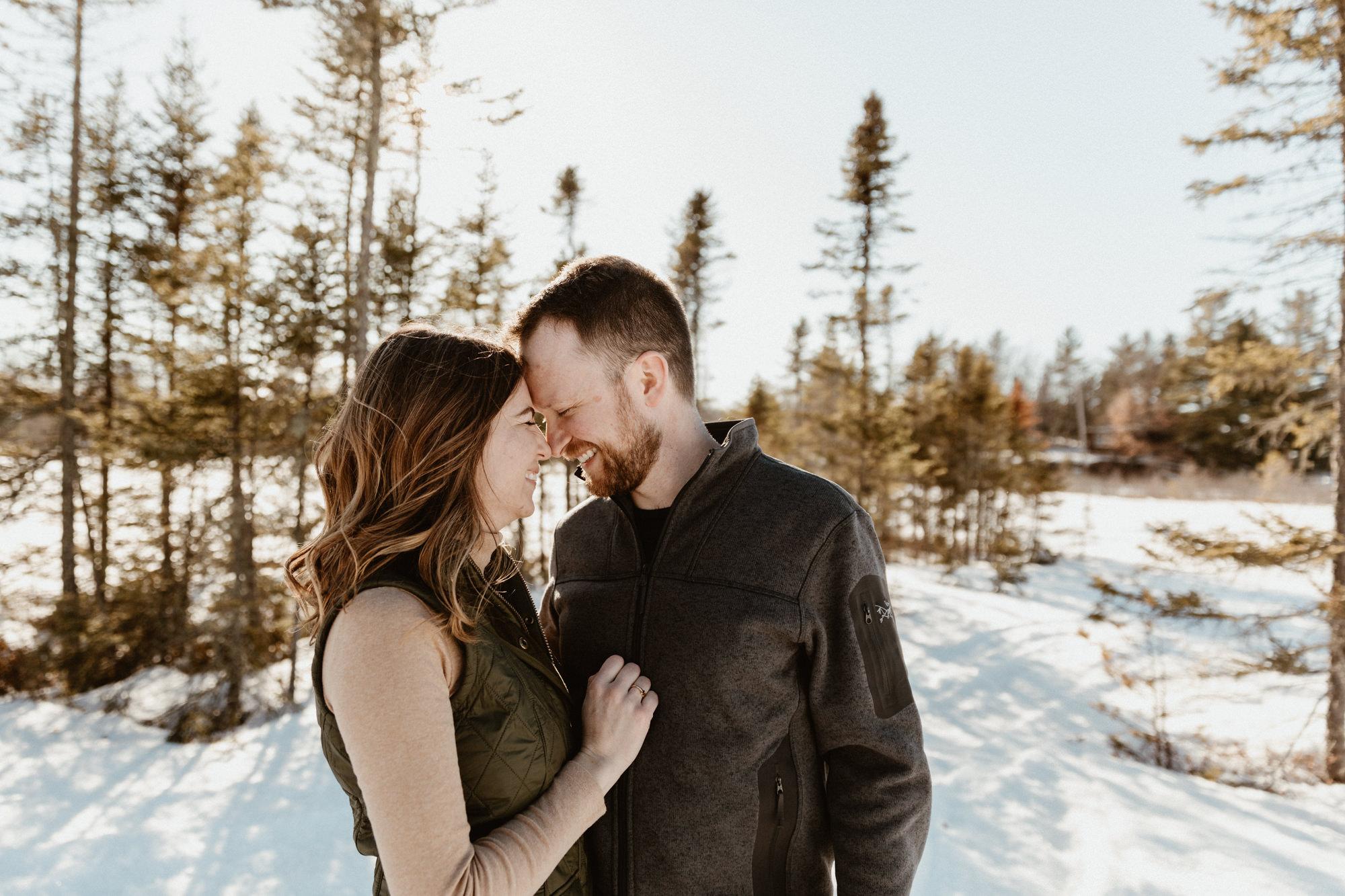 Wisconsin-winter-adventure-engagement-photographer-9775.jpg