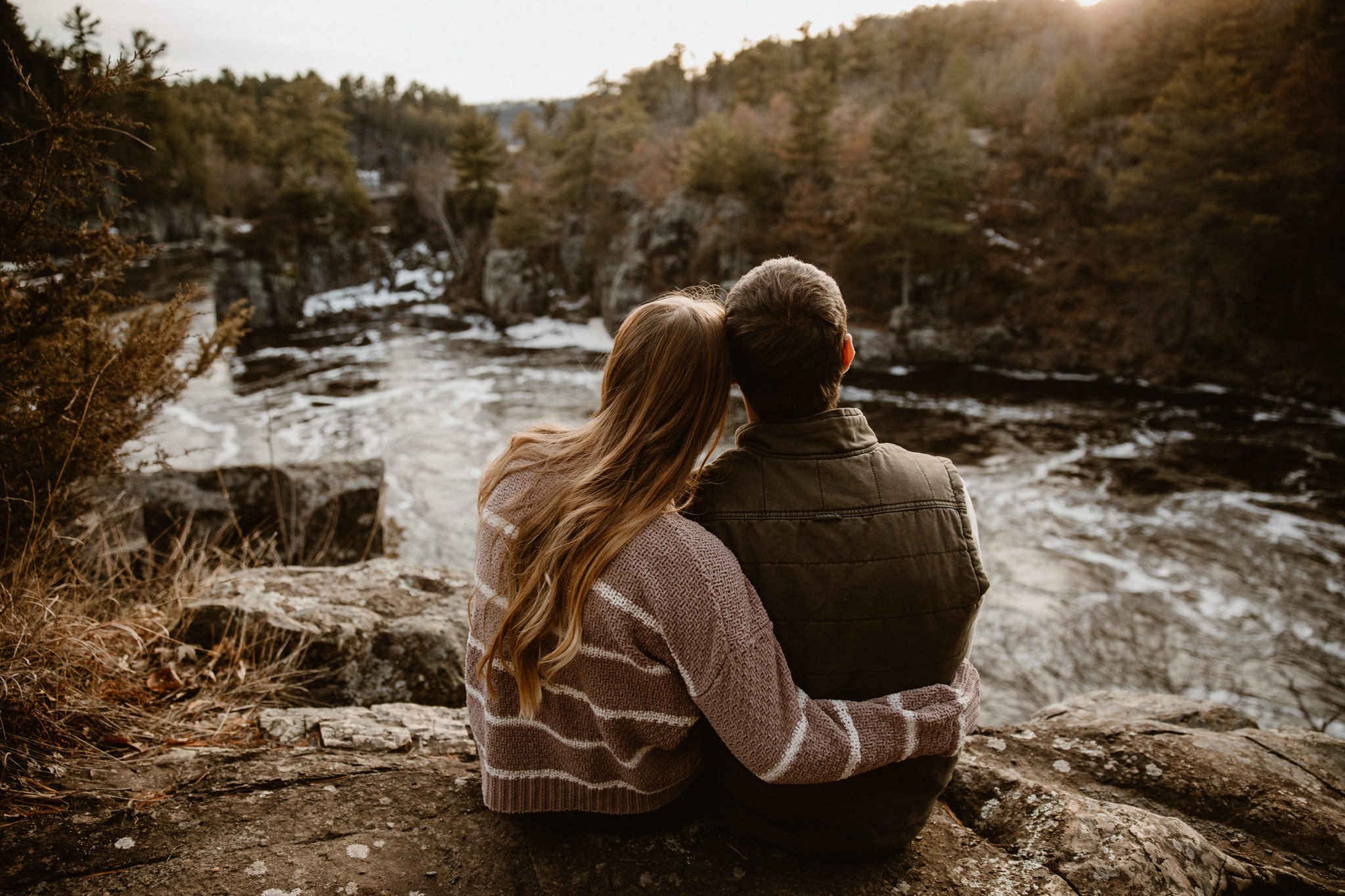MN adventure engagement photographer