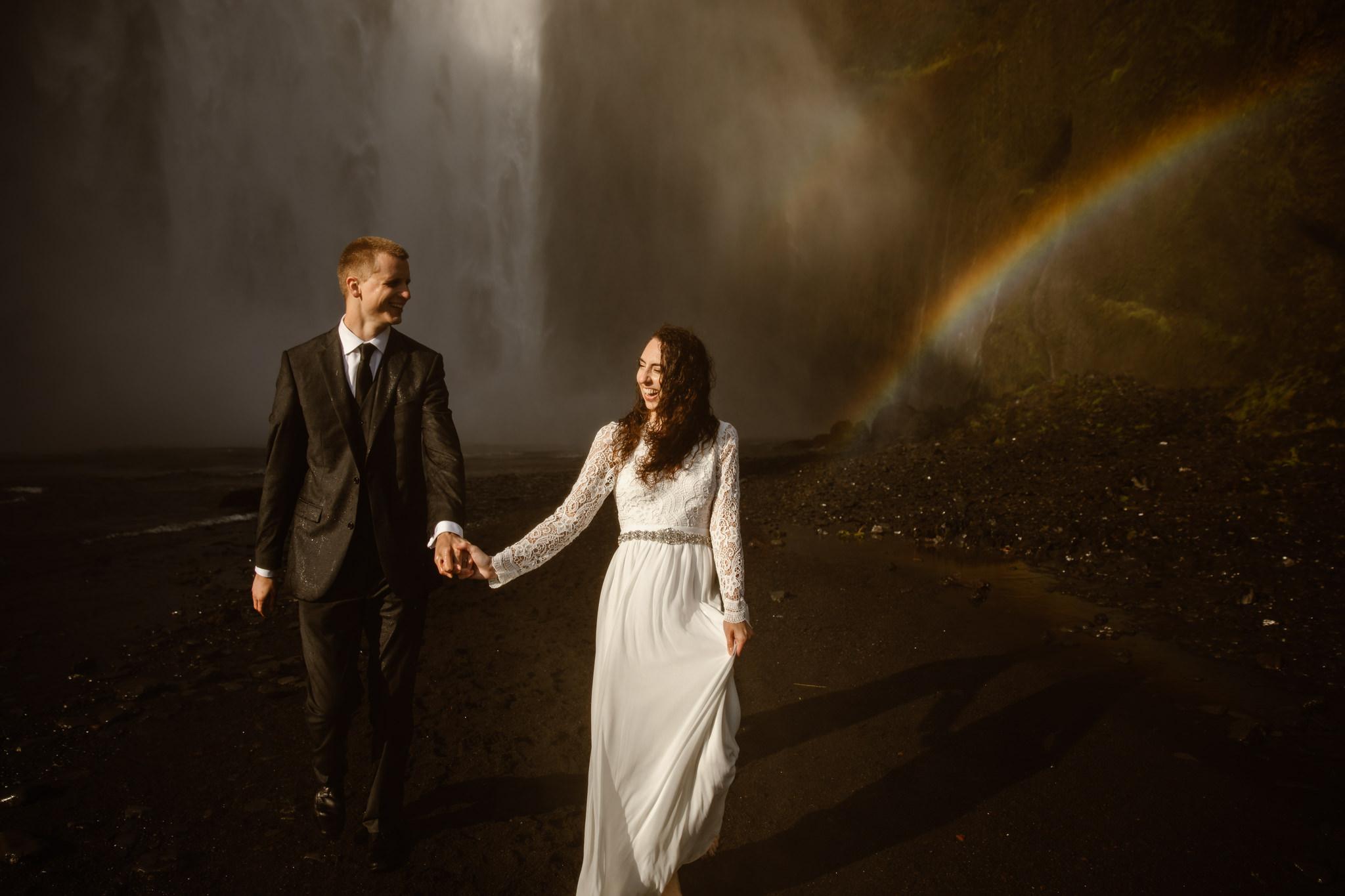waterfall-adventure-elopement-photographer.jpg