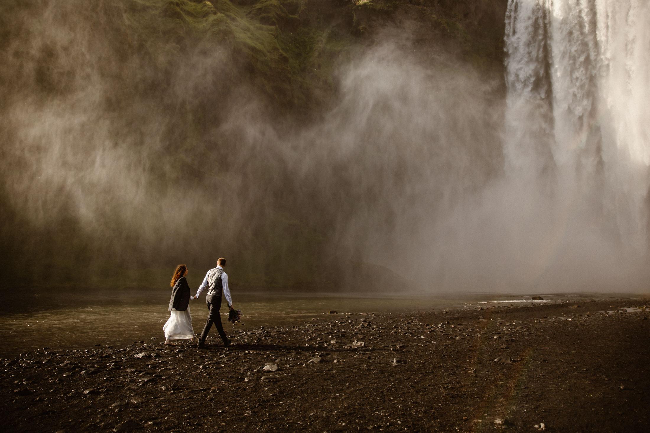 elope-at-skogafoss-waterfall-in-iceland-narrowleaf-photography-5118.JPG