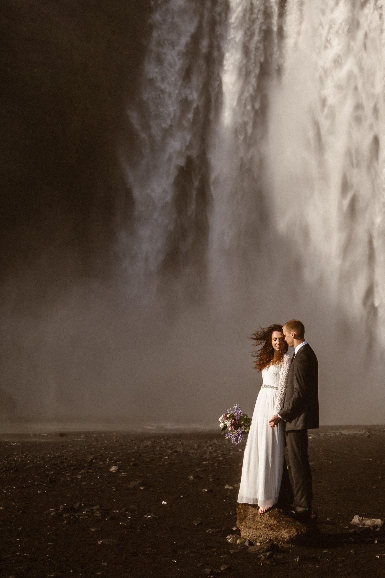 moody-elopement-photos-at-skogafoss-waterfall-in-iceland-narrowleaf-photography-4943.JPG