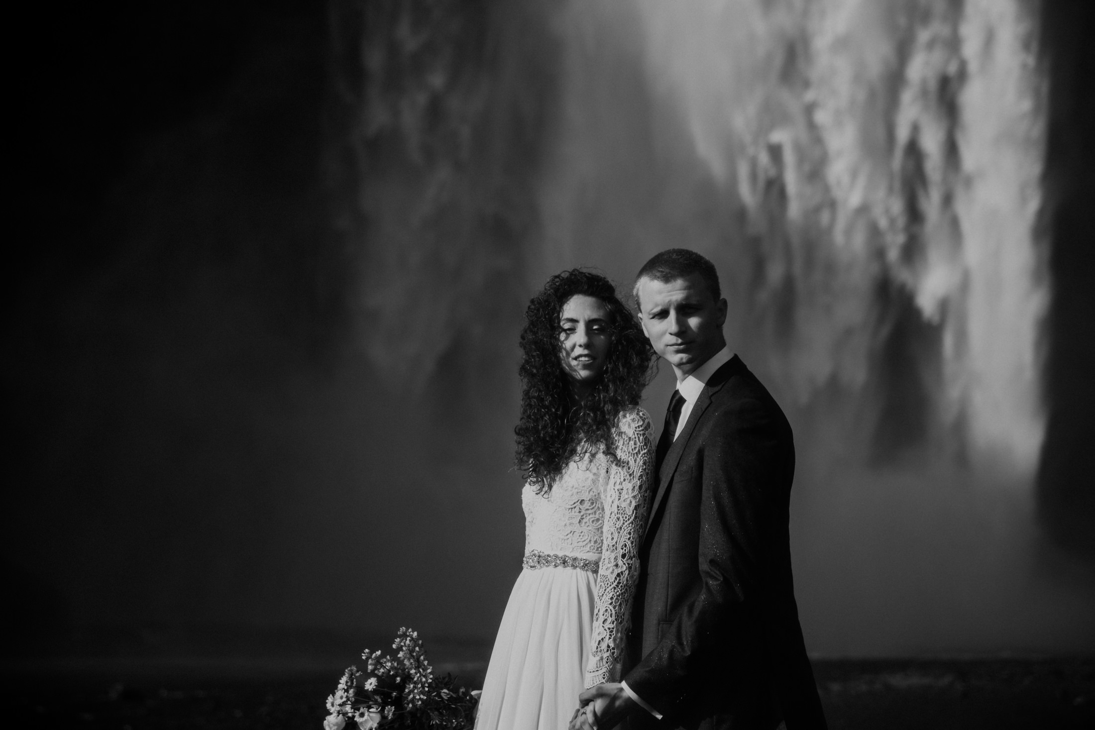 moody-elopement-photos-at-skogafoss-waterfall-in-iceland-narrowleaf-photography-4954.JPG