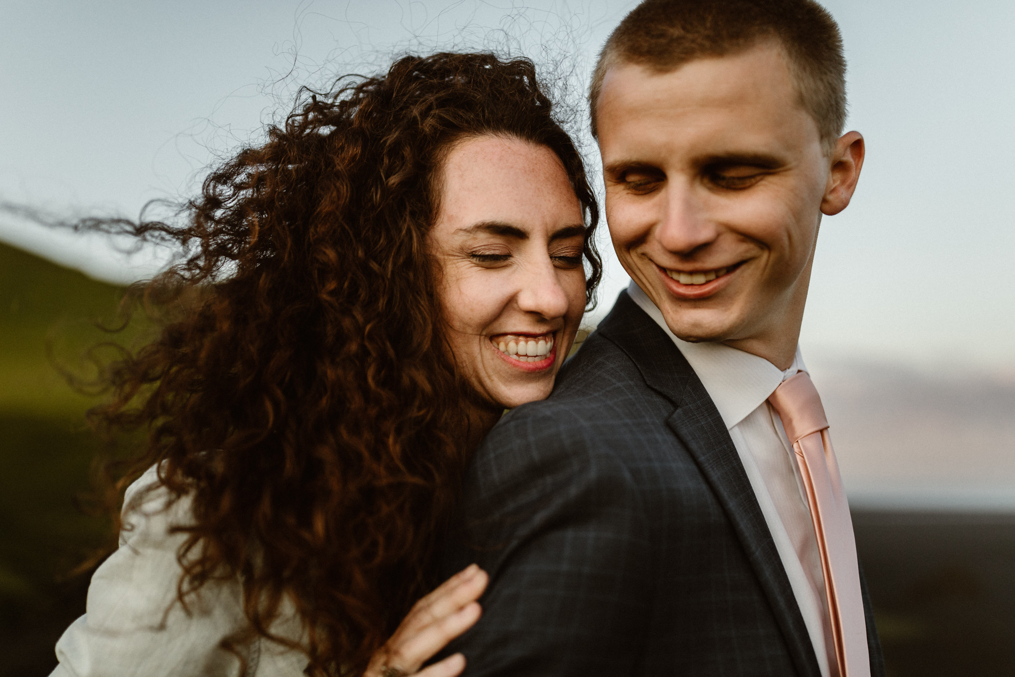 A coulple loving on each other after they eloped in Southern Iceland. Just the two of them, in the most genuine and intimate way.