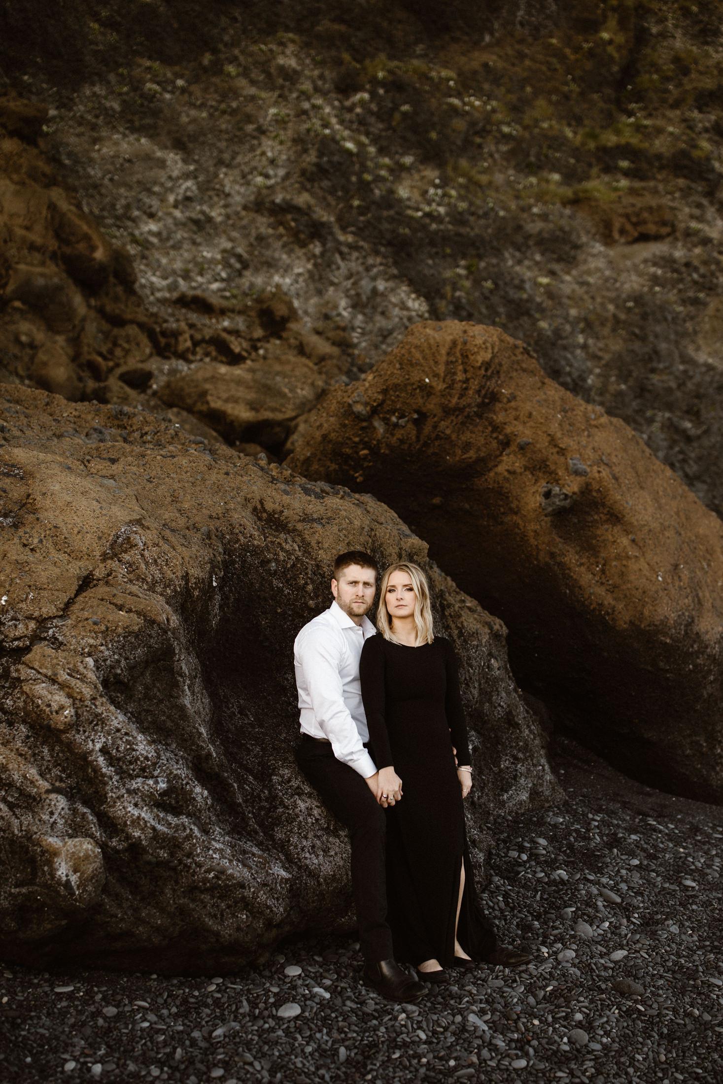 Iceland-black-beach-elopement-photography-16.jpg