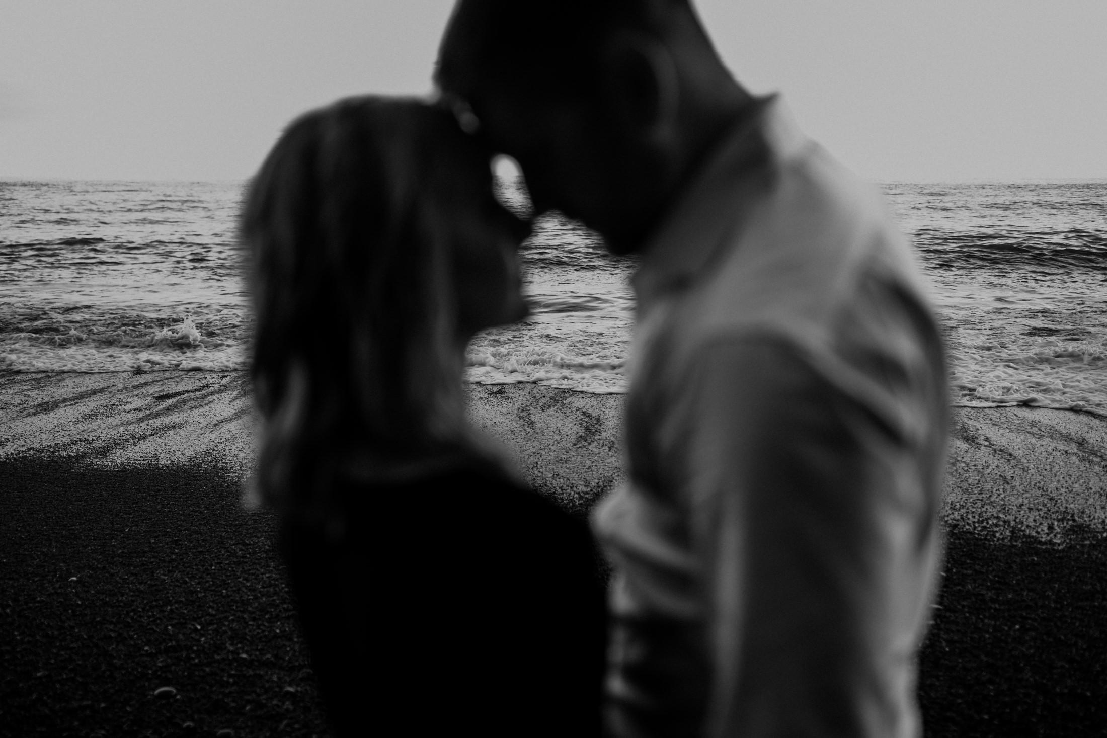 reynisfjara-beach-elopement-photographer-in-iceland.jpg