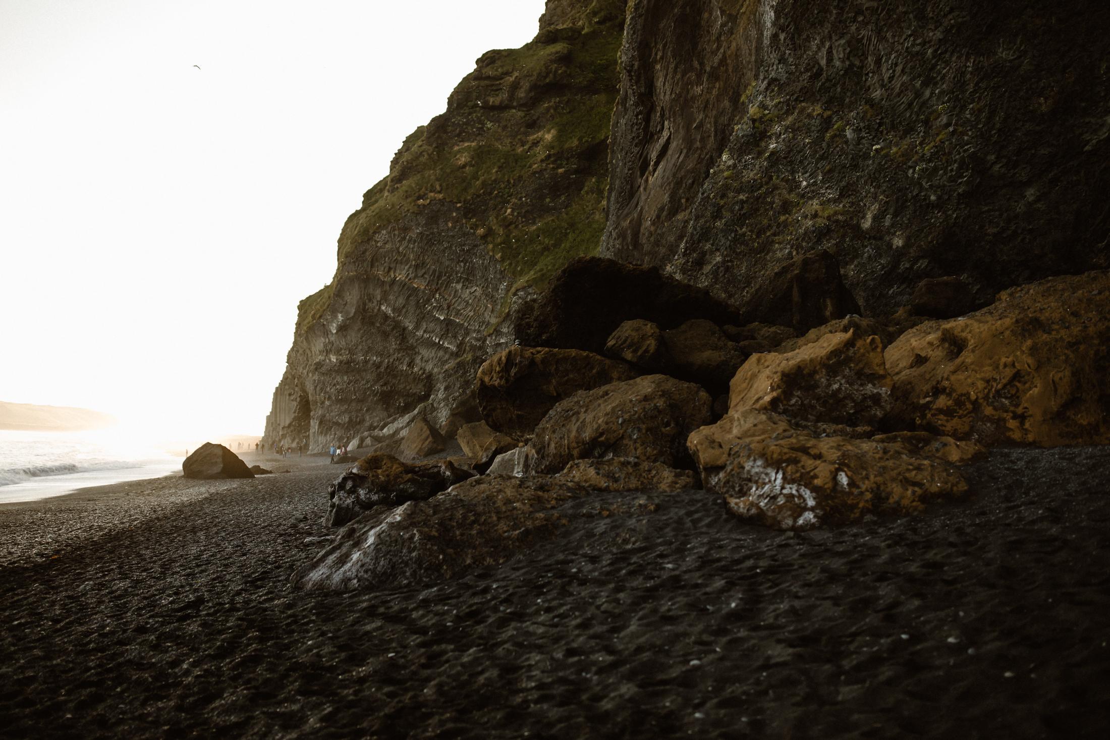 reynisfjara-black-sand-beach-photography.jpg