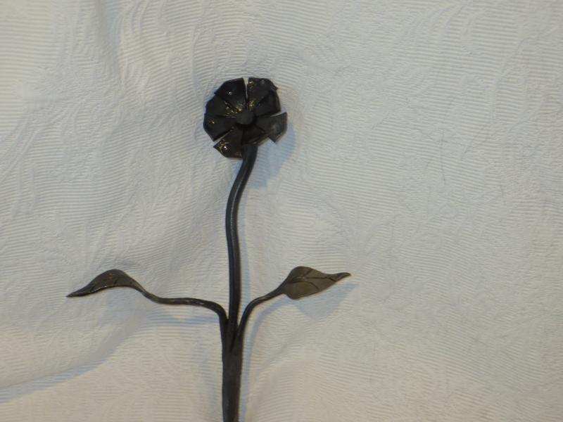 Flower and Leaf Arrangement