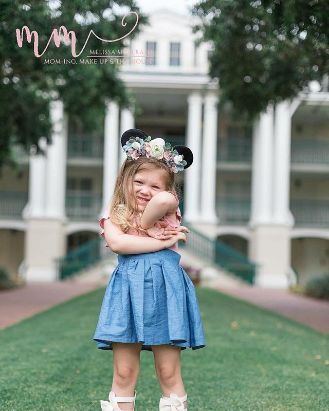 My top 5 tips on a photo shoot with your toddler... 1.  Don't have expecations you may be thinking to yourself... dont have expecations?! Melissa, have you lost your mind! The reason I say this is because you just never know what kind of day your little one is having.  If you don't have expectations then you will be surprised, and happy to get a couple great photos of your little one.  2. be calm They feed off your mood.  When I photograph a high strung mom (trust me, I have been the high strung mom) who wants PERFECTION the little one feeds off of it and becomes high strung too. And, its not a good combo.  3.  let them be themselves I know you want a dreamy shot of your toddler with the most perfect smile they have ever had BUT guess what?! Life is short and your little one wont be little forever. Embrace their ridiculous squinty smile and their silly faces because there will come a day when they dont make that face anymore and you will want to remember it