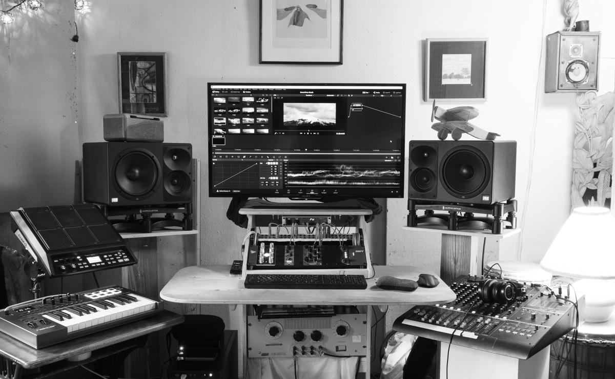 sherpa sound 1 bw web.jpg