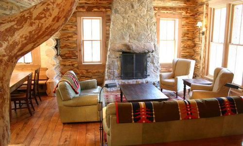 loghouse-interior4.jpg