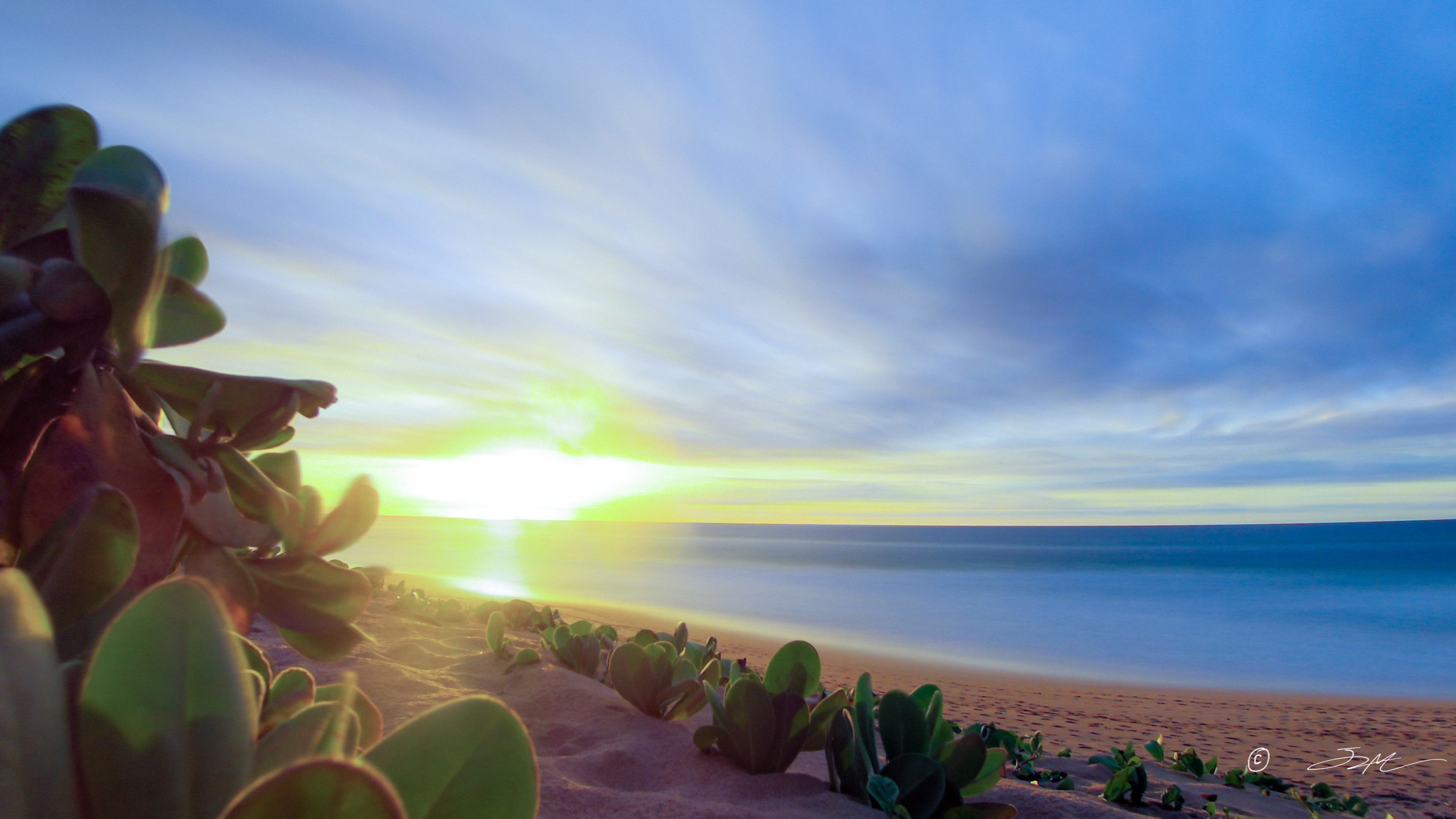 polihale sunset timelapse stacked.jpg