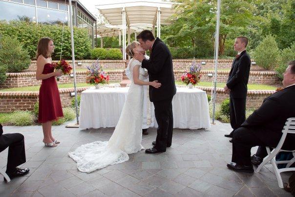 Kiss the bride.jpg