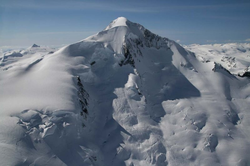 #9 Nch'kay (Mt Silverthrone) - Elevation: 10,370ft / 3,160mLocation: British ColumbiaCoordinates: 51°26′00″N 126°18′00″WLast Eruption: About 100,000 years ago