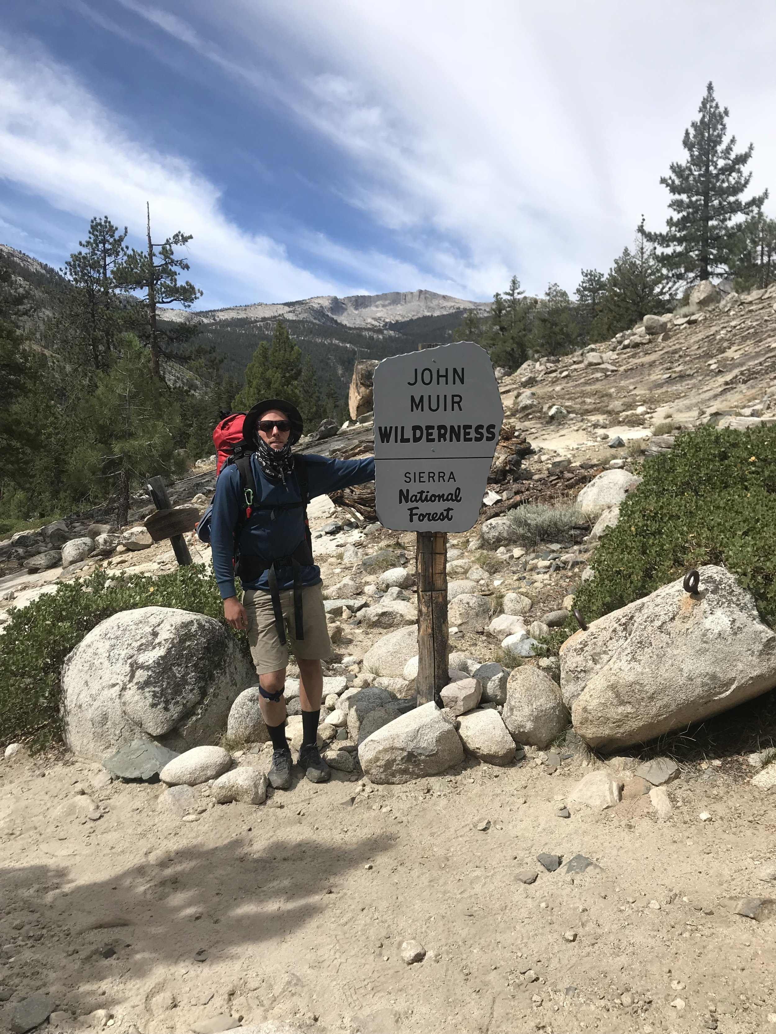 Exiting Kings Canyon, and entering John Muir Wilderness.