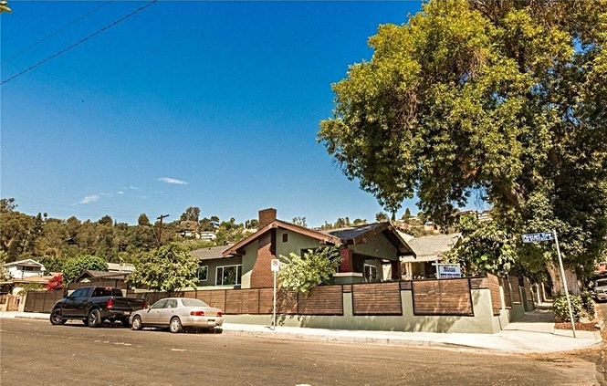 3431 Loosmore St Los Angeles (15) - Copy.jpg