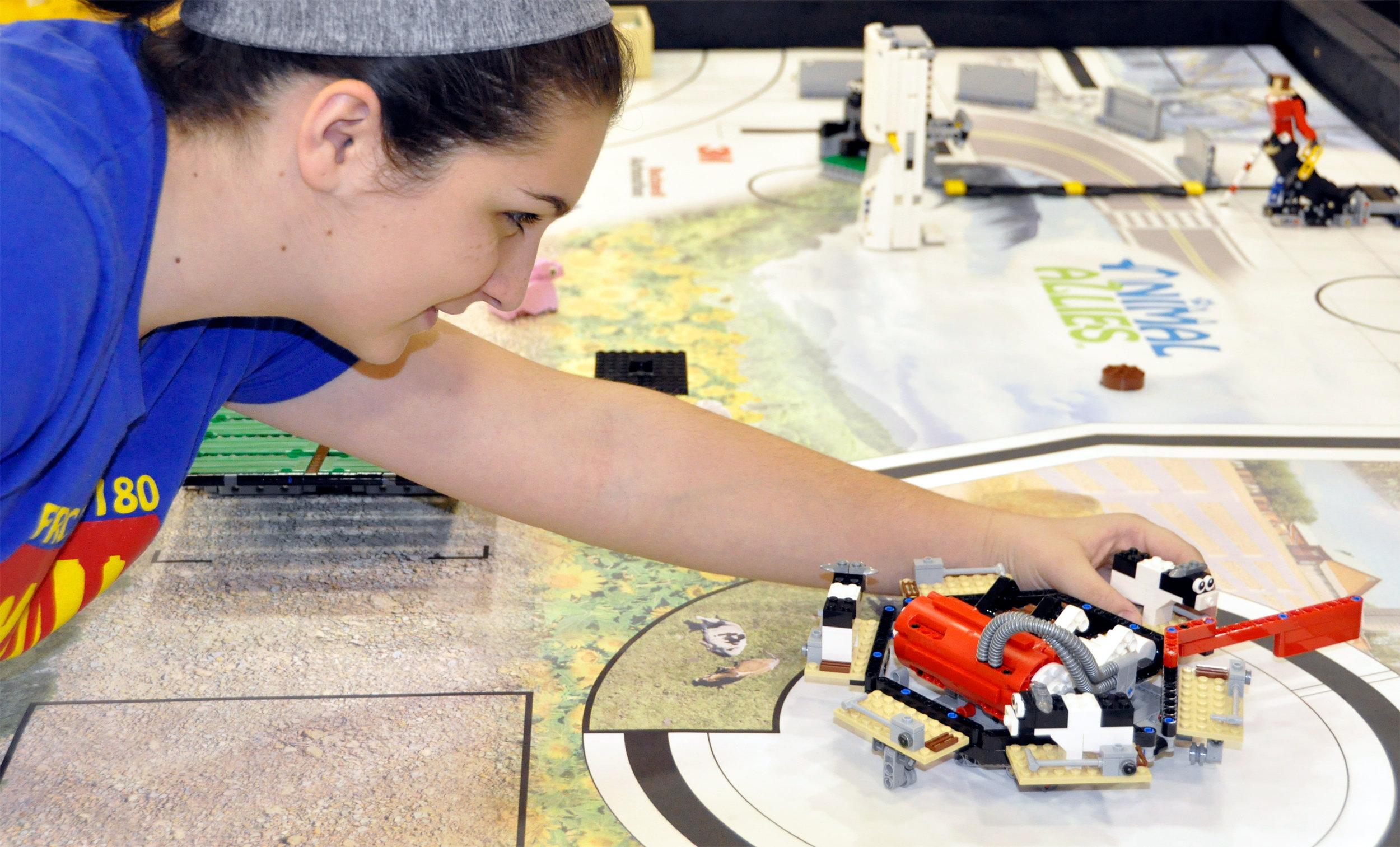 south-florida-robotics-inspiringyouth-001.jpg