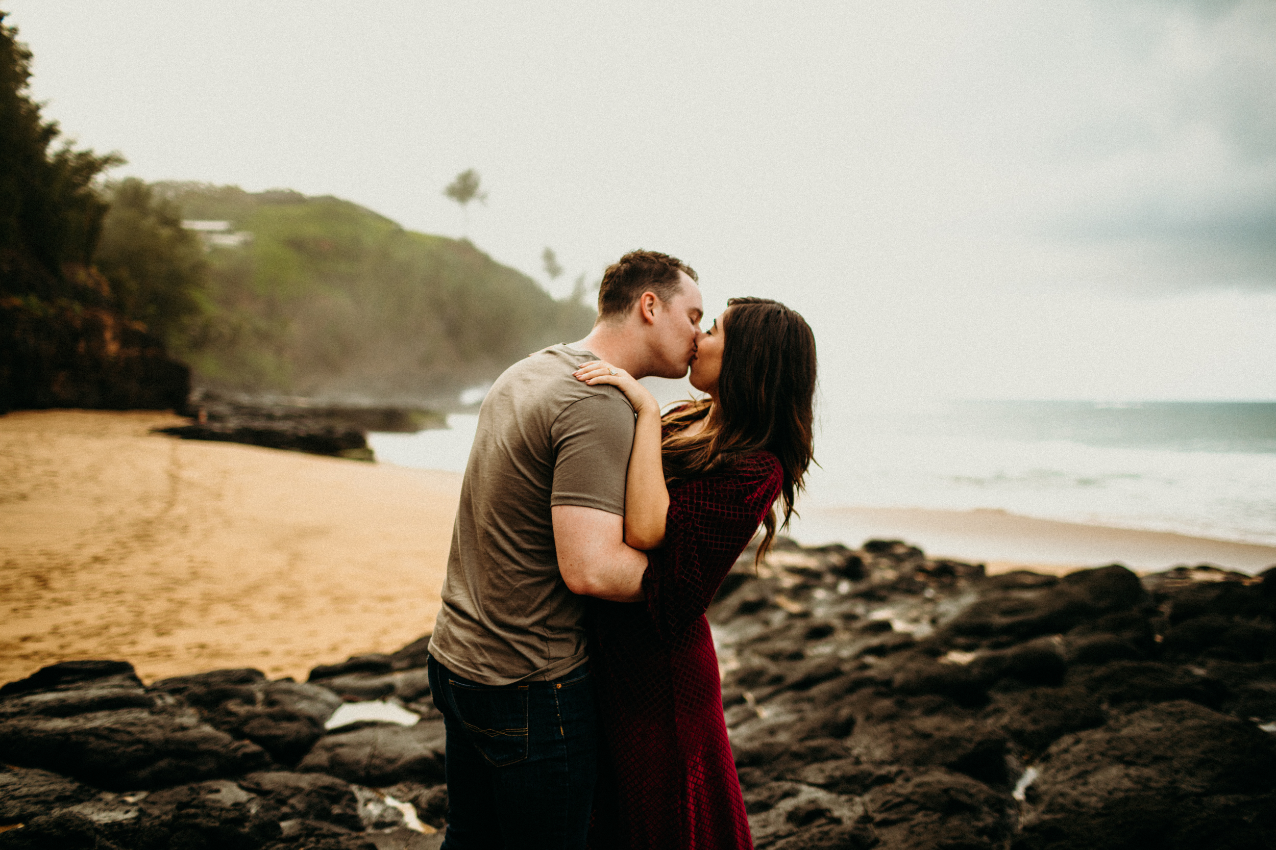 Lauren Dixon Photography-Kauai Honeymoon Session 9.jpg