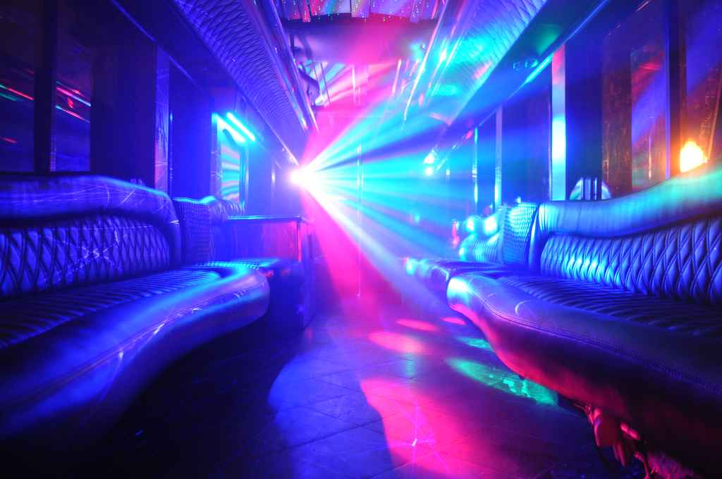 Limo Bus Sweet Disco Lights
