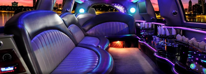 18_Passenger_Cadillac_Escalade_SUV_Limo_Interior.jpg
