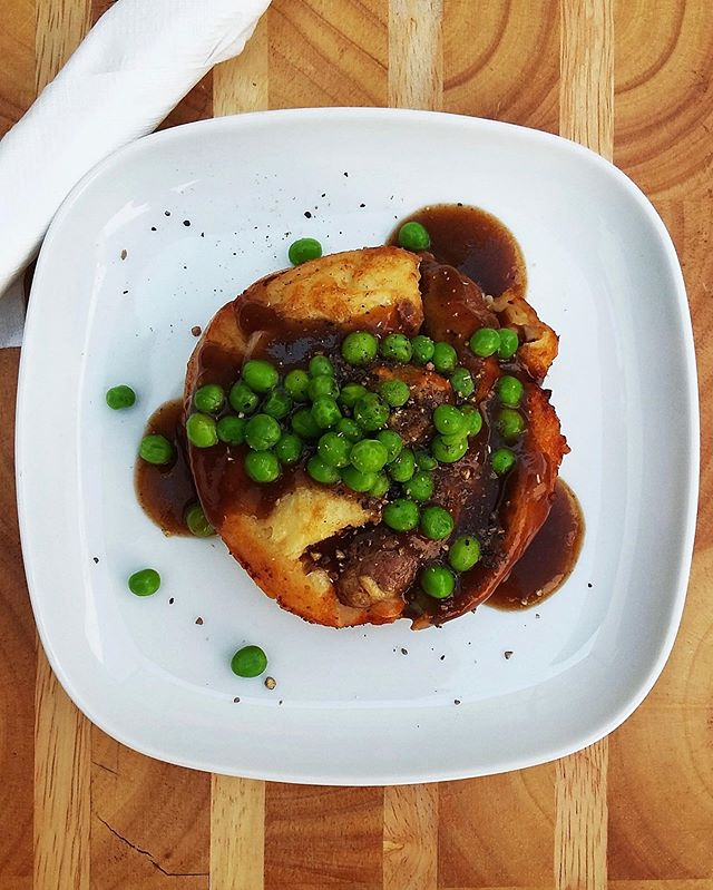 "We have a ""dandy"" little food feature for tonight's Salz Sunday cask night- BRITISH TOAD IN A HOLE! 3 mini bangers baked in Yorkshire pudding with gravy and peas! The perfect pairing to @dandyalesyyc ULTRA ENGLISH ALE CASK! Pop by and have a pint with the lads, just $5 all night!"