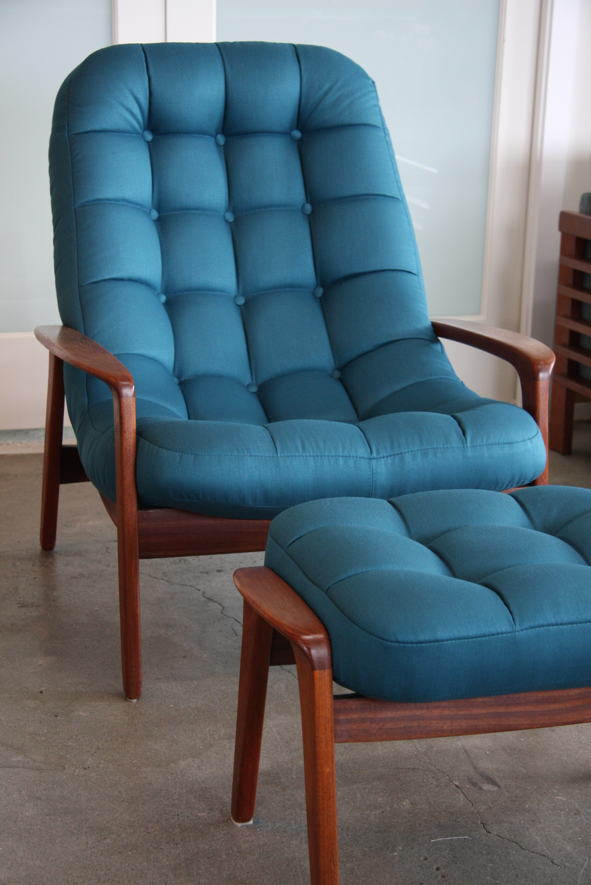 Mid Century Modern palm chair.