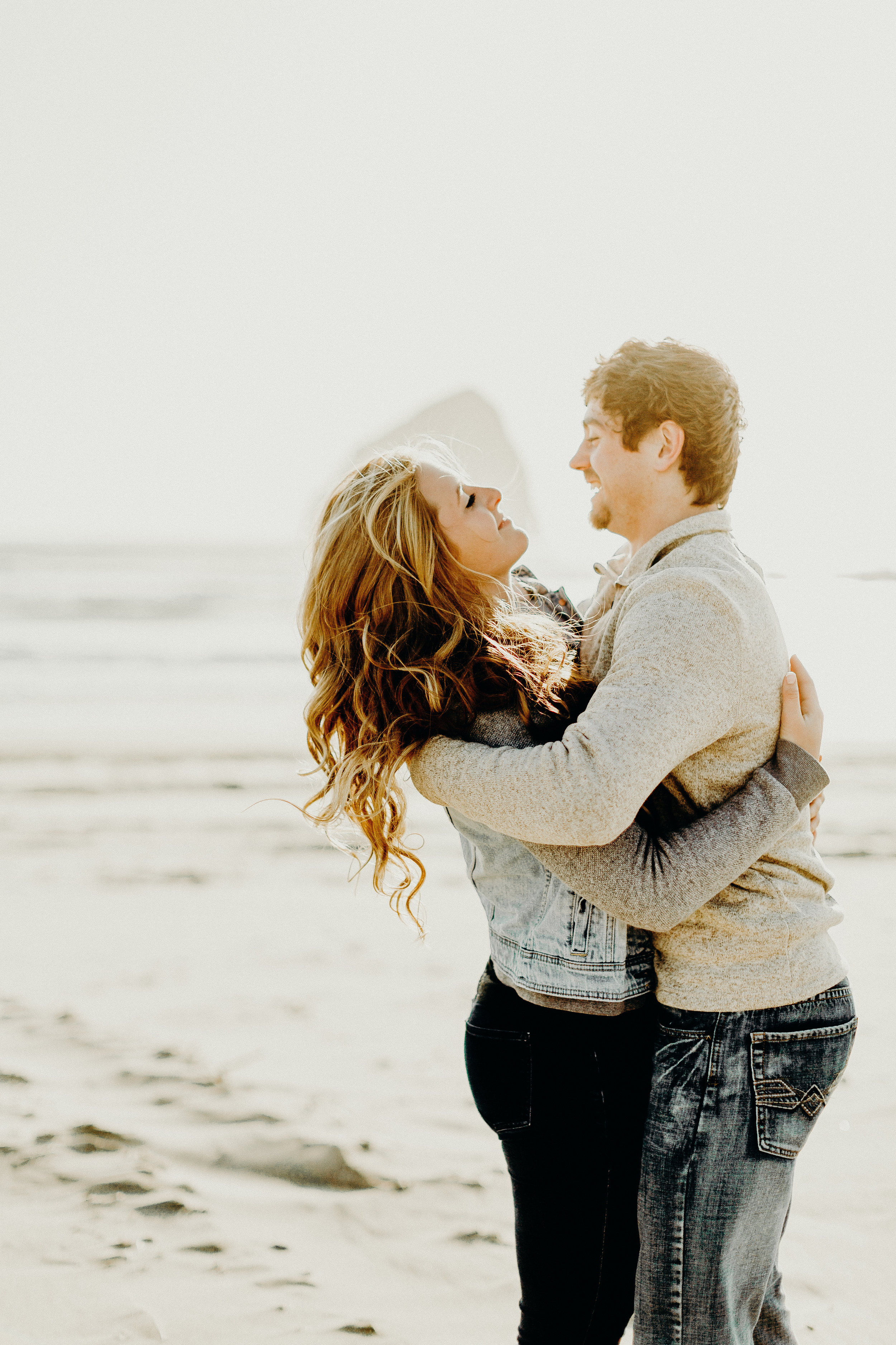 Pacific City Oregon Engagement Session 5.jpg