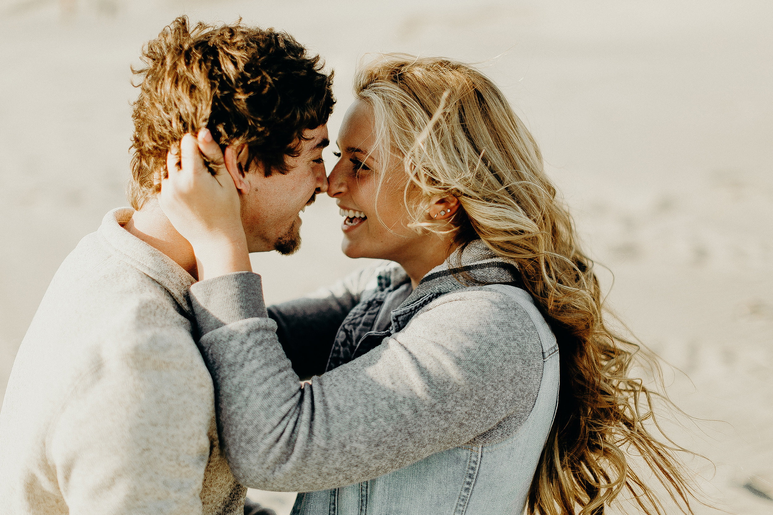 Pacific City Oregon Engagement Session 18.jpg