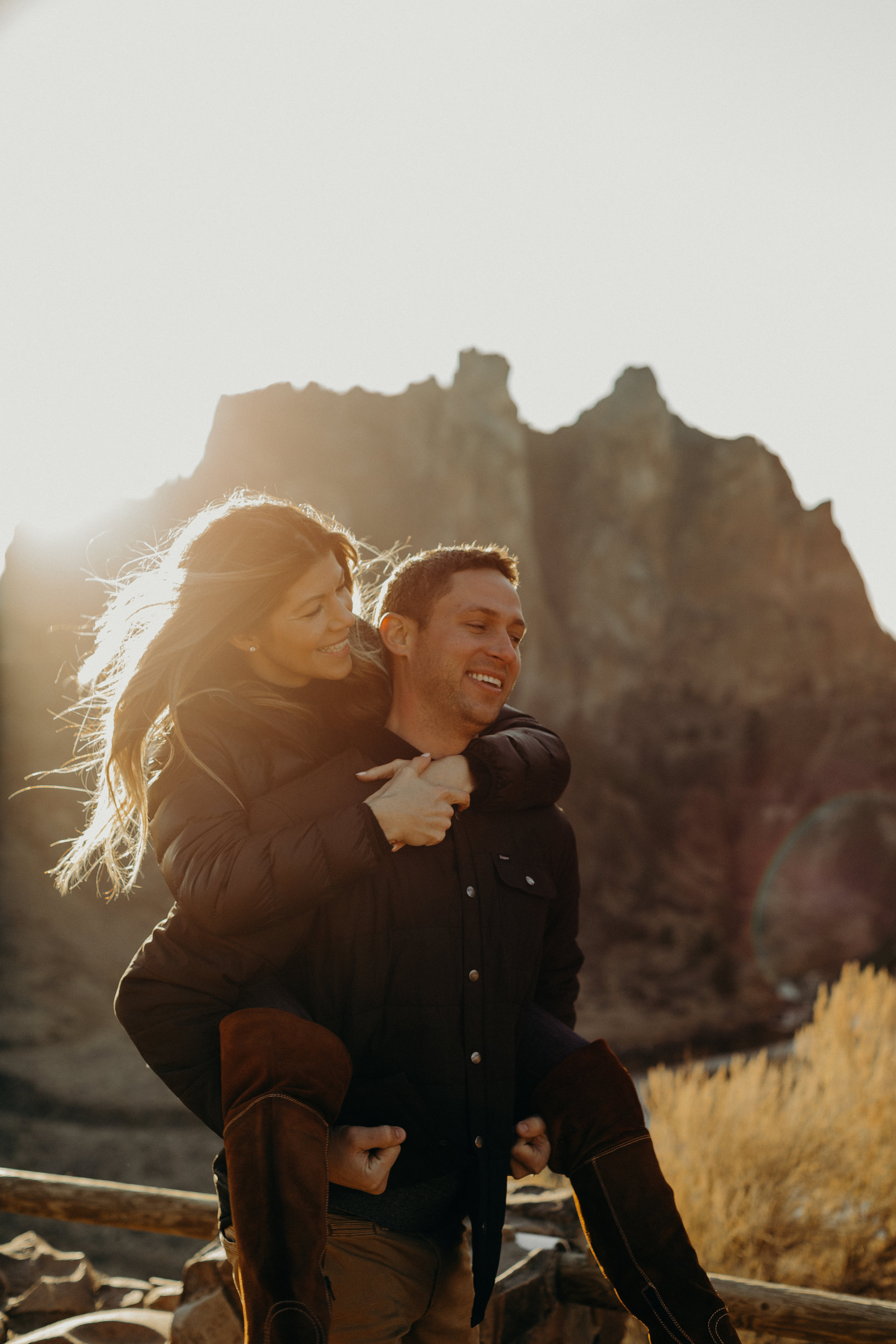 Smith Rock Oregon Couples Session 13.jpg