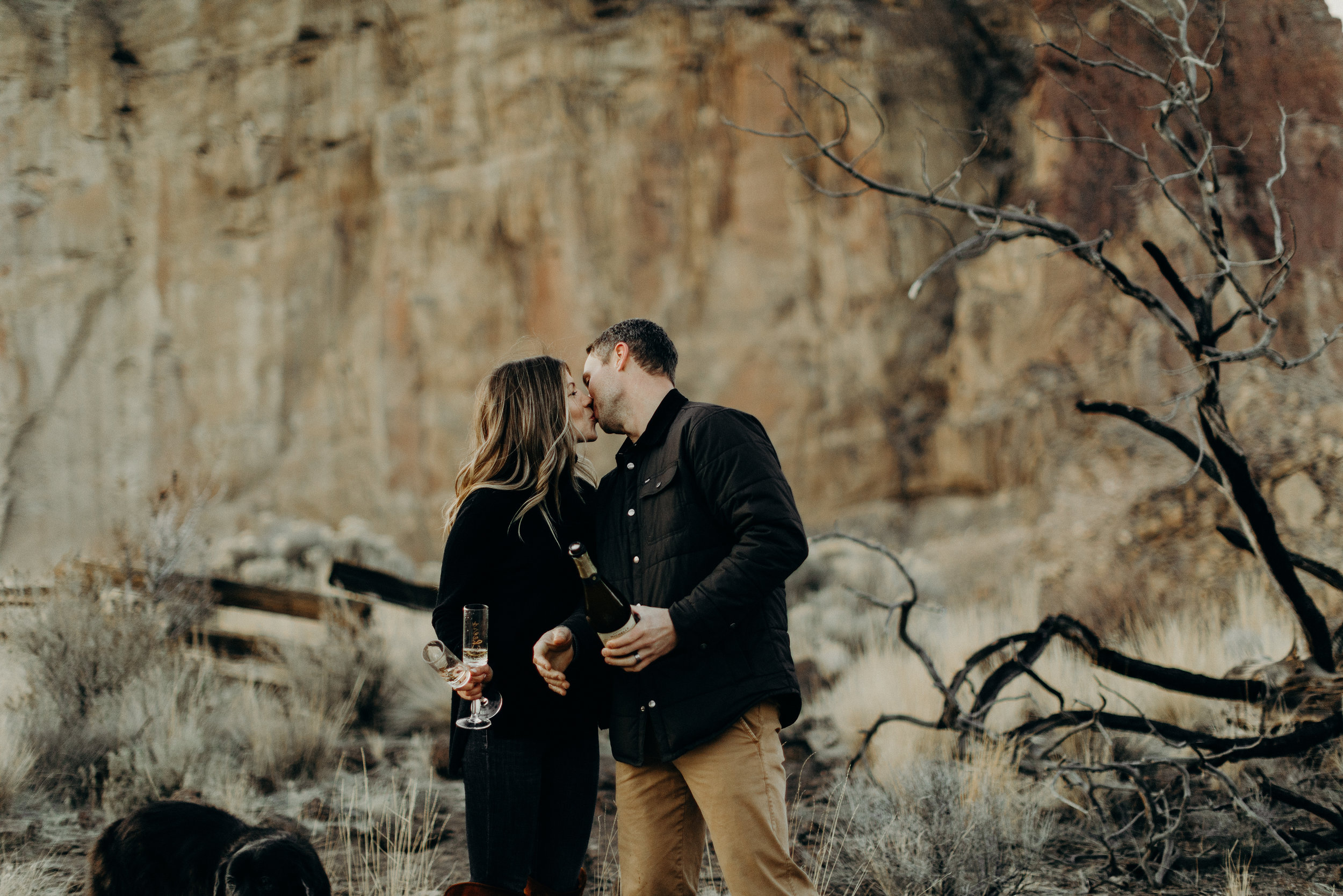 Smith Rock Oregon Couples Session 37.jpg