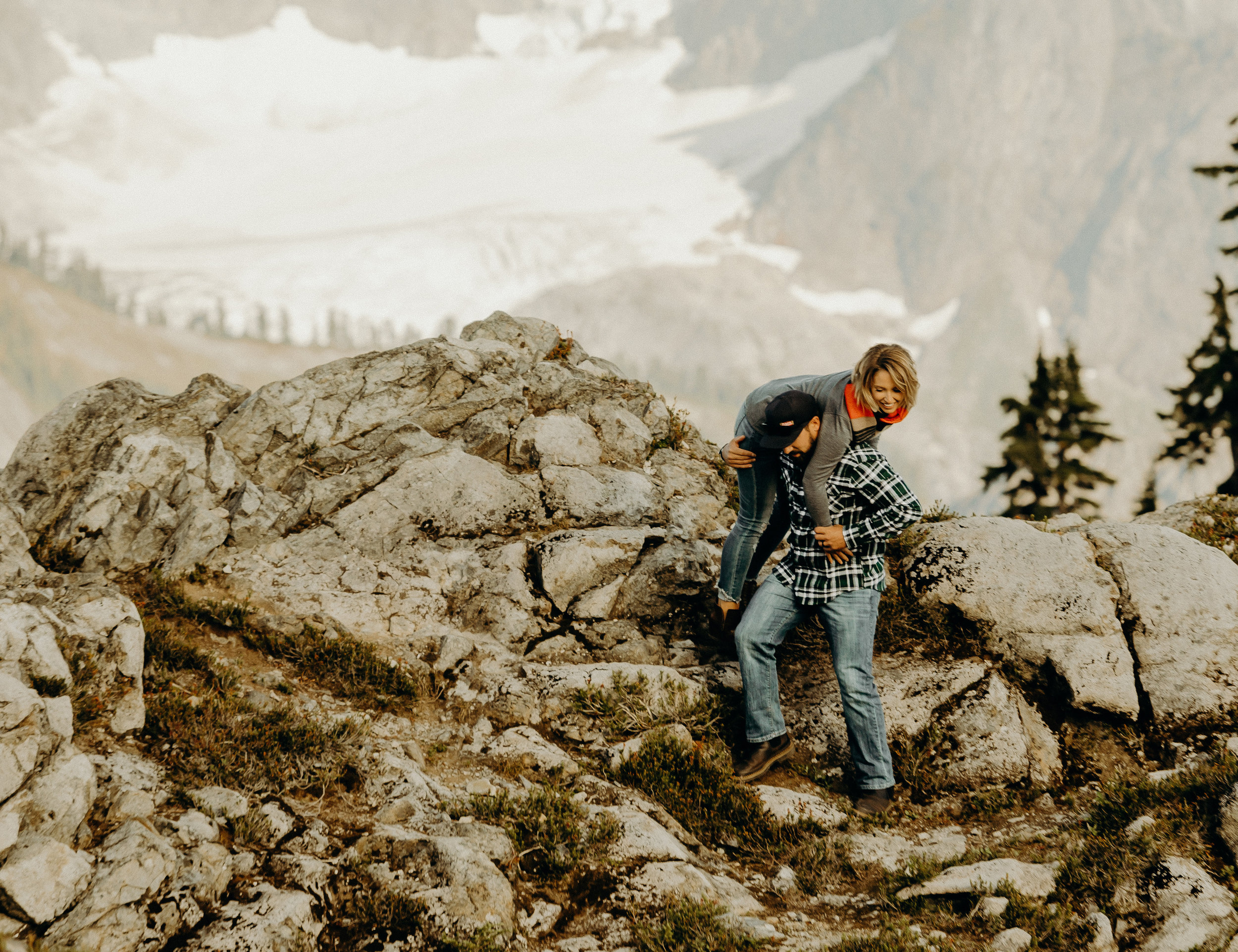 Mt. Baker Washington Couples Session 17.jpg