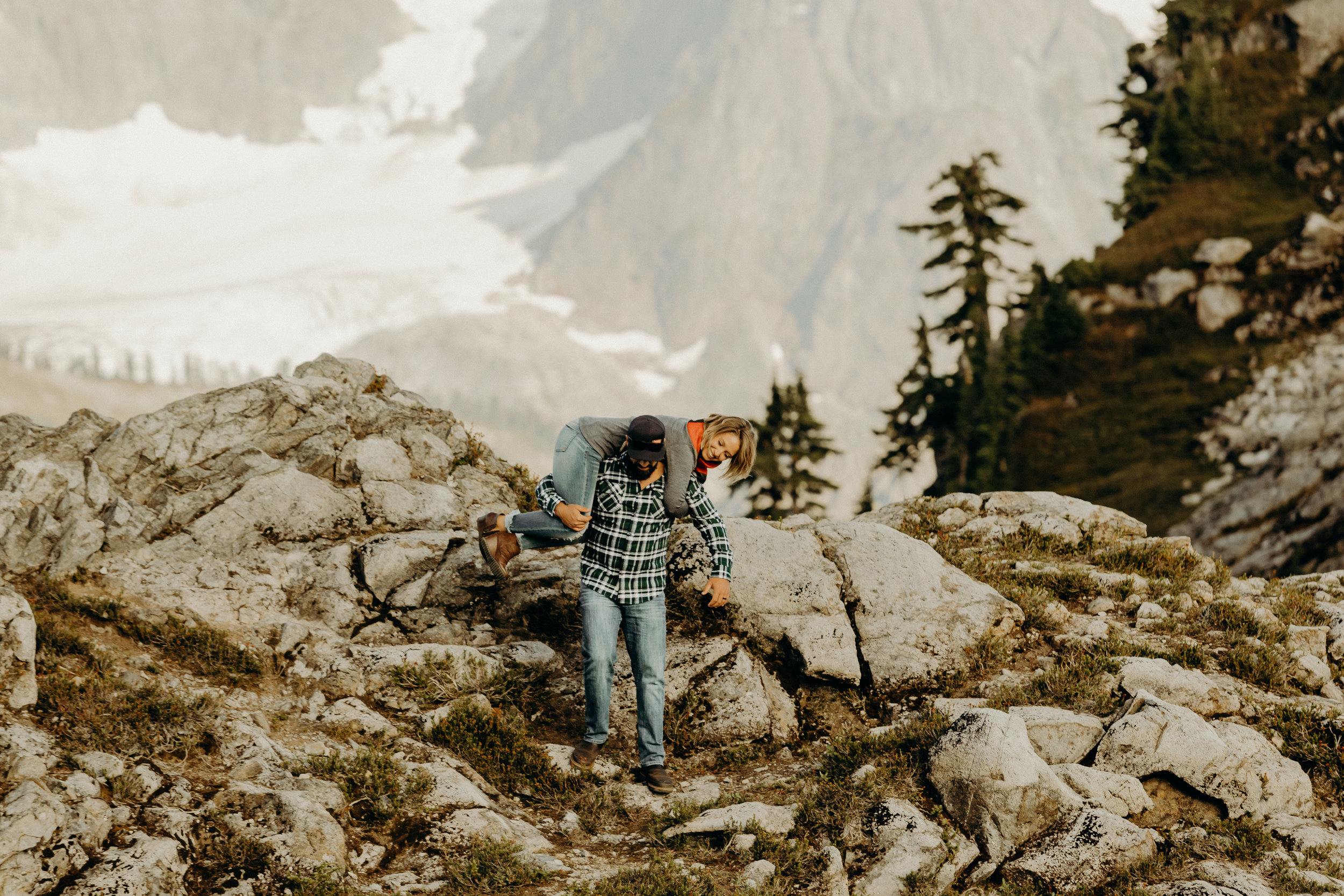 Mt. Baker Washington Couples Session 18.jpg