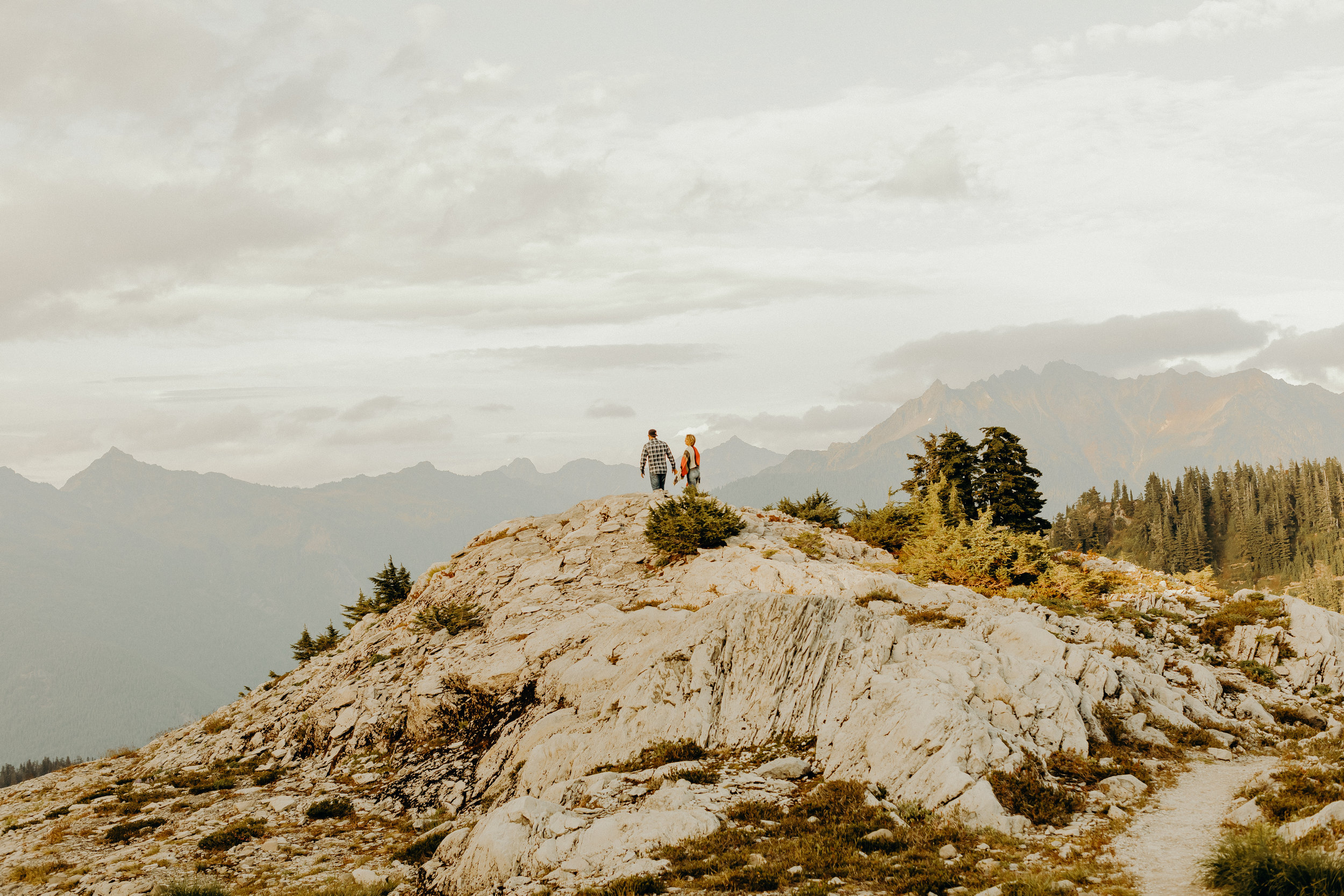 Mt. Baker Washington Couples Session 34.jpg