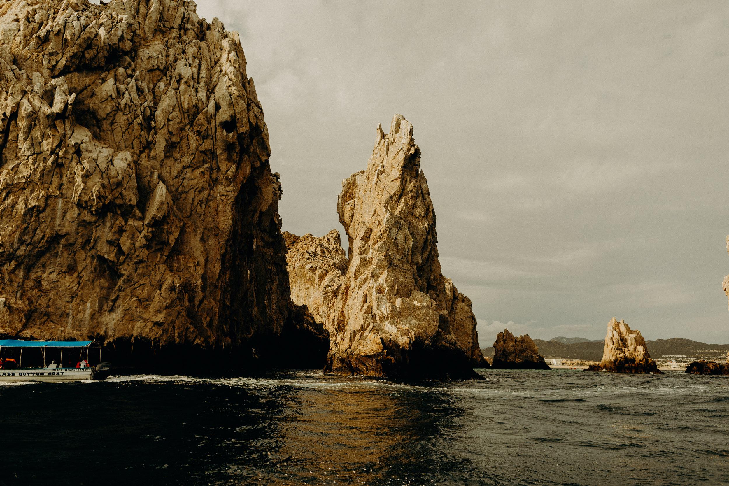Cabo San Lucas Lovers Beach Elopement 4.jpg
