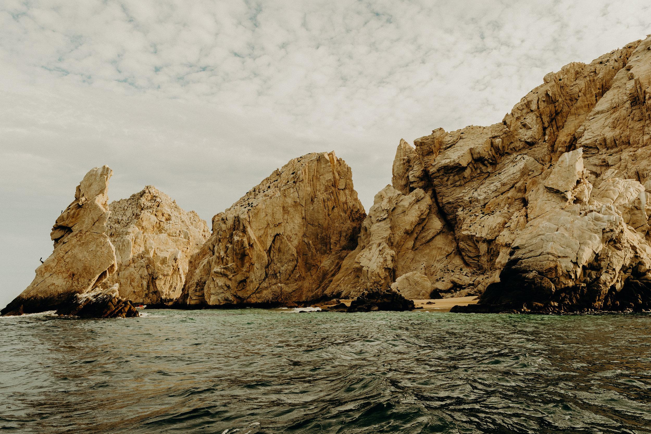 Cabo San Lucas Lovers Beach Elopement 8.jpg