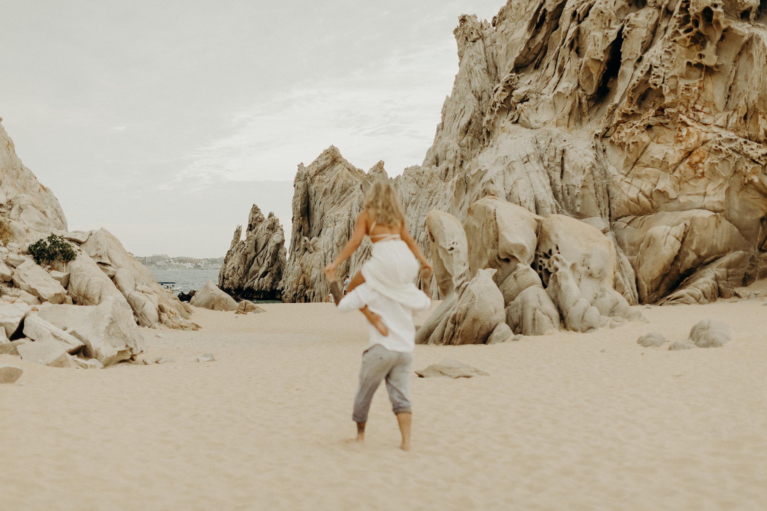 Cabo San Lucas Lovers Beach Elopement 23.jpg