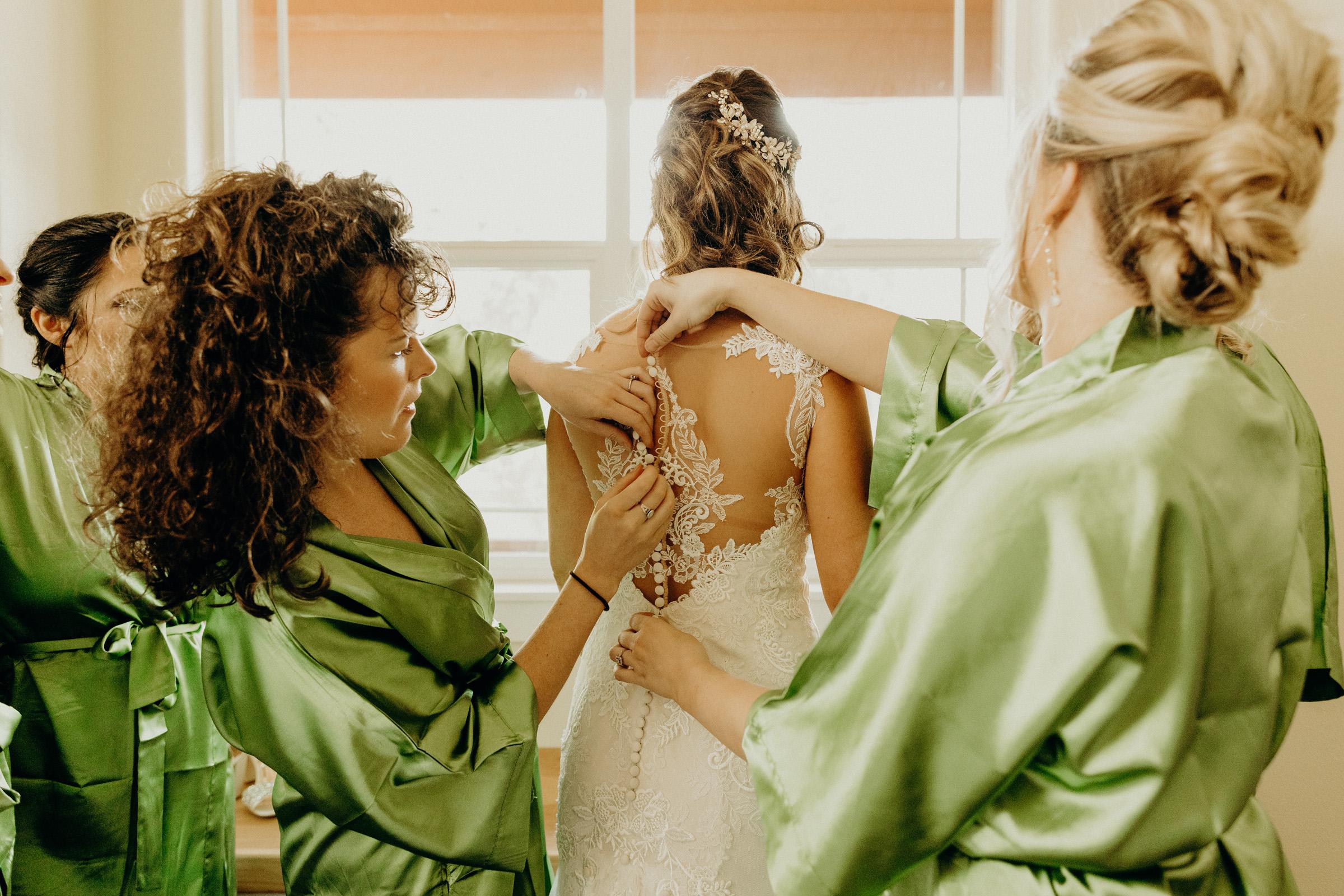Brock + Caitlin Bend, Oregon Wedding 2.jpg