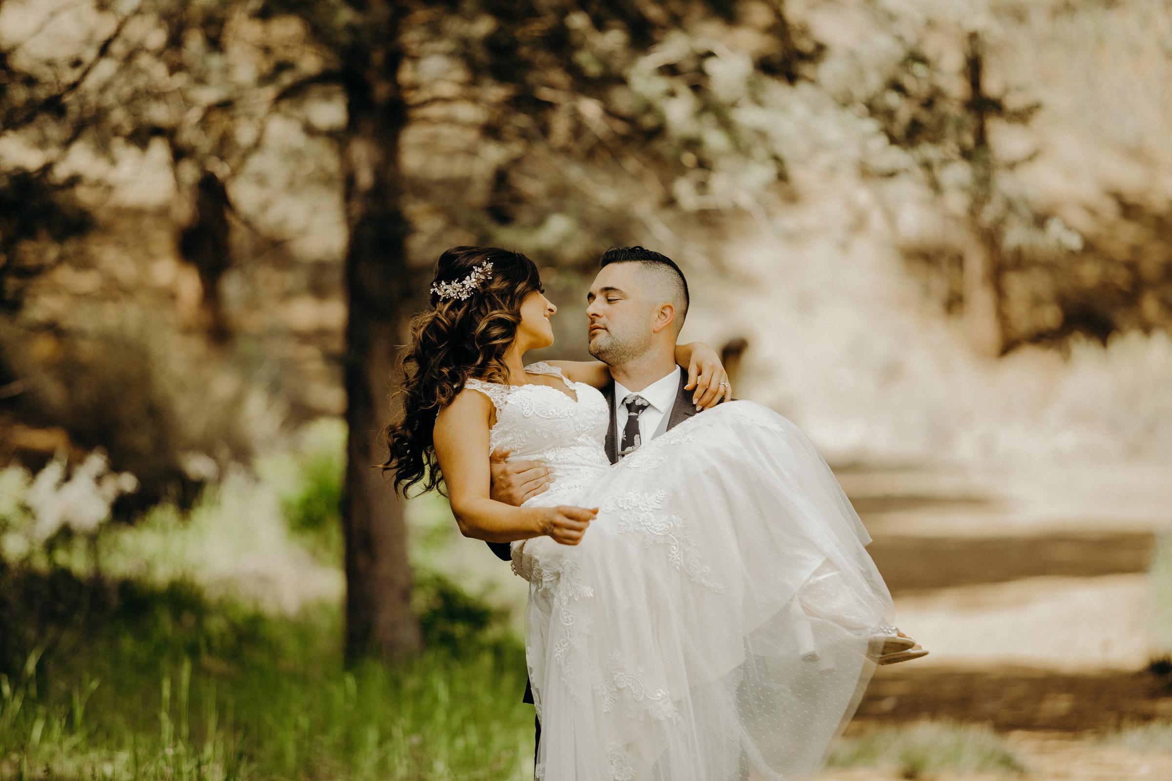 Brock + Caitlin Bend, Oregon Wedding 13.jpg