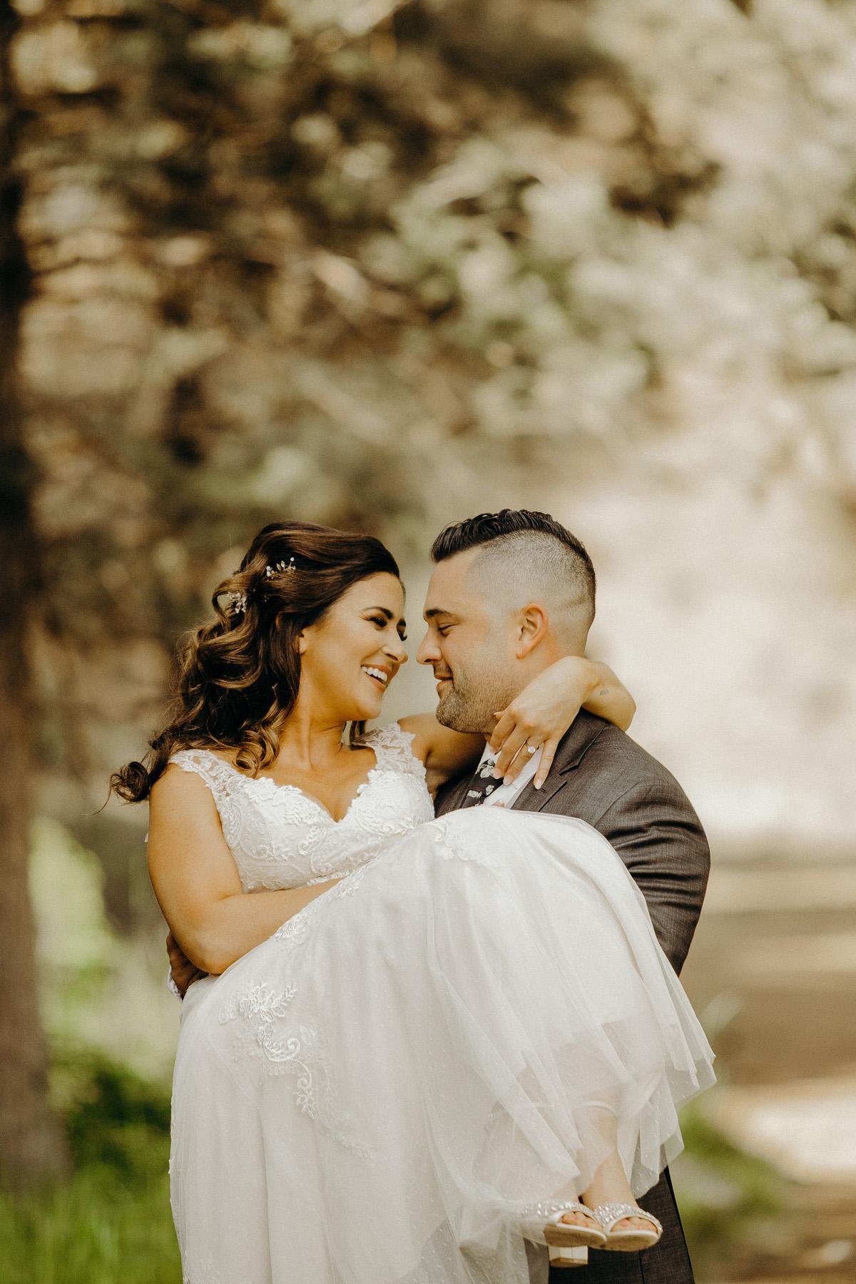 Brock + Caitlin Bend, Oregon Wedding 14.jpg