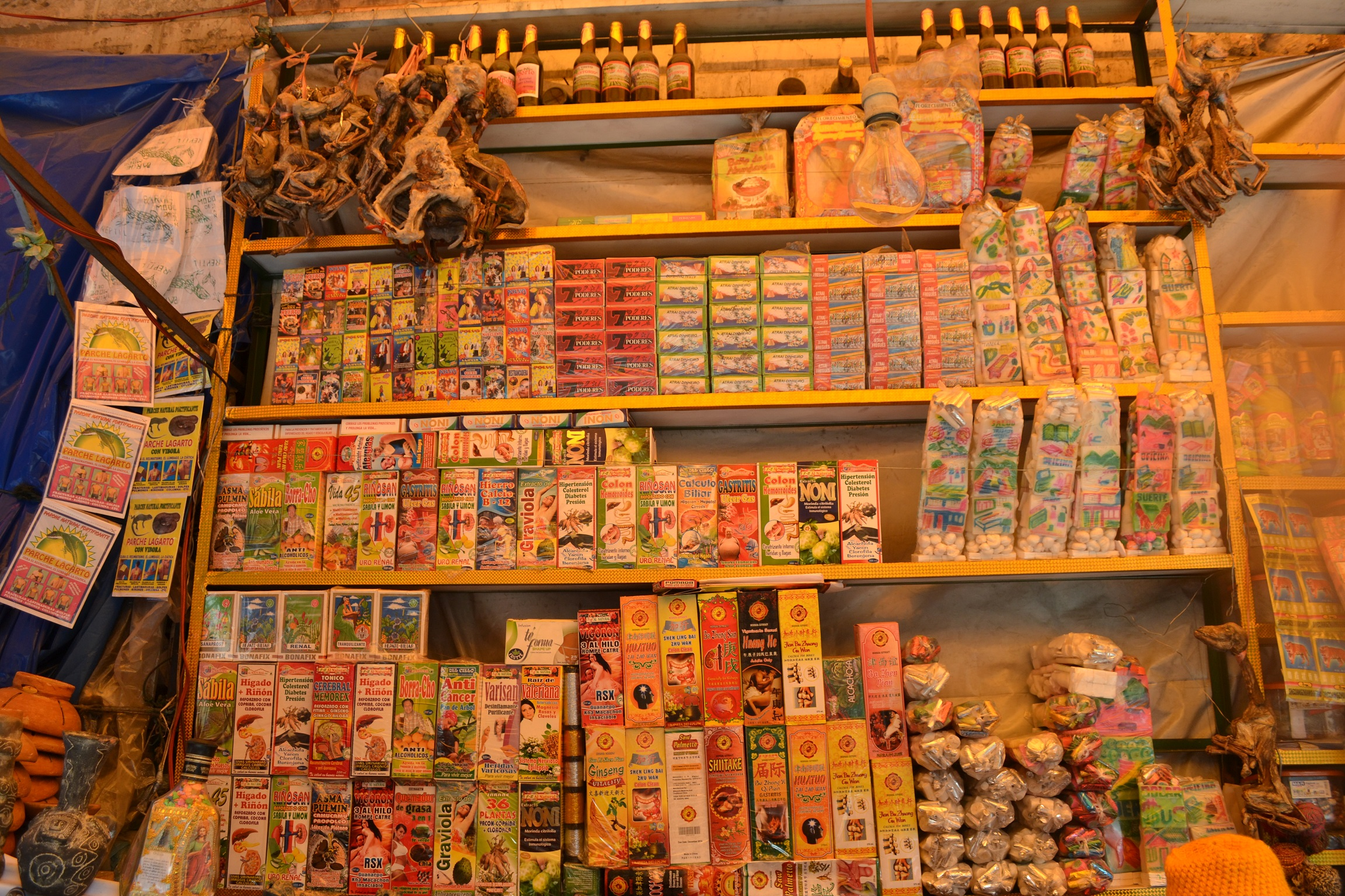 Witchmarket in La Paz, Bolivia - where you can buy Lovepotions or Good Luck Charms