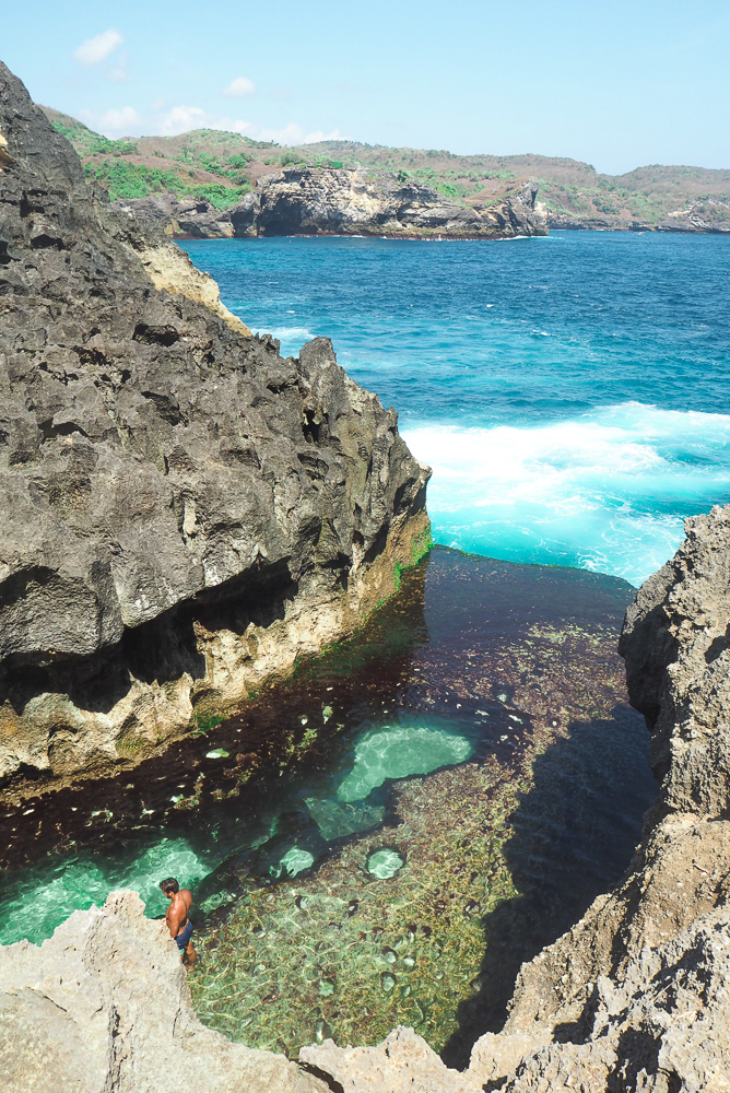 Angel's Billabong: Nusa Penida's cliff connection to the sea