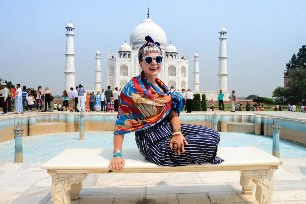 Alice Teacake in front of the Taj-Mahal
