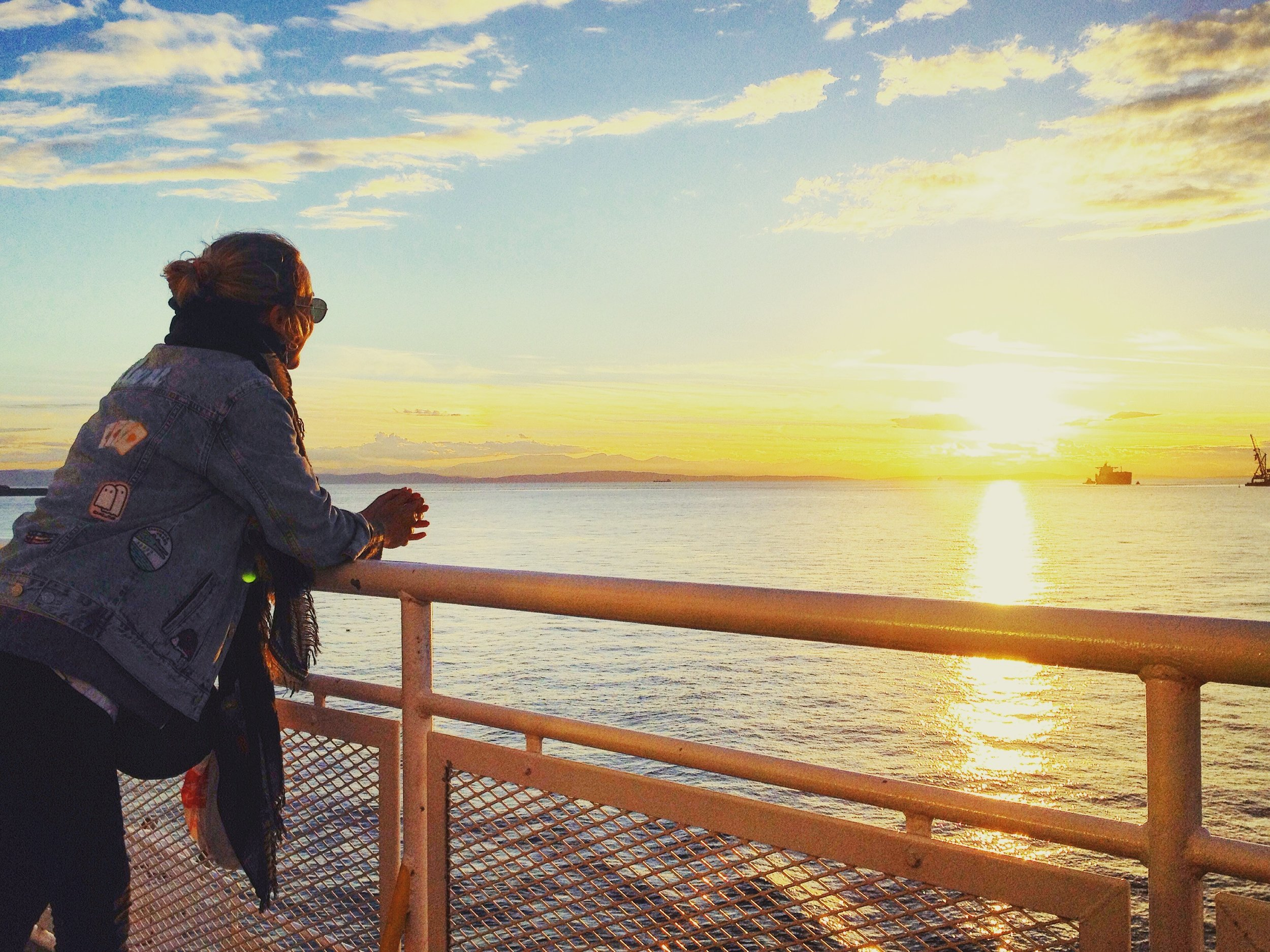 Long Distance Relationships While Abroad -