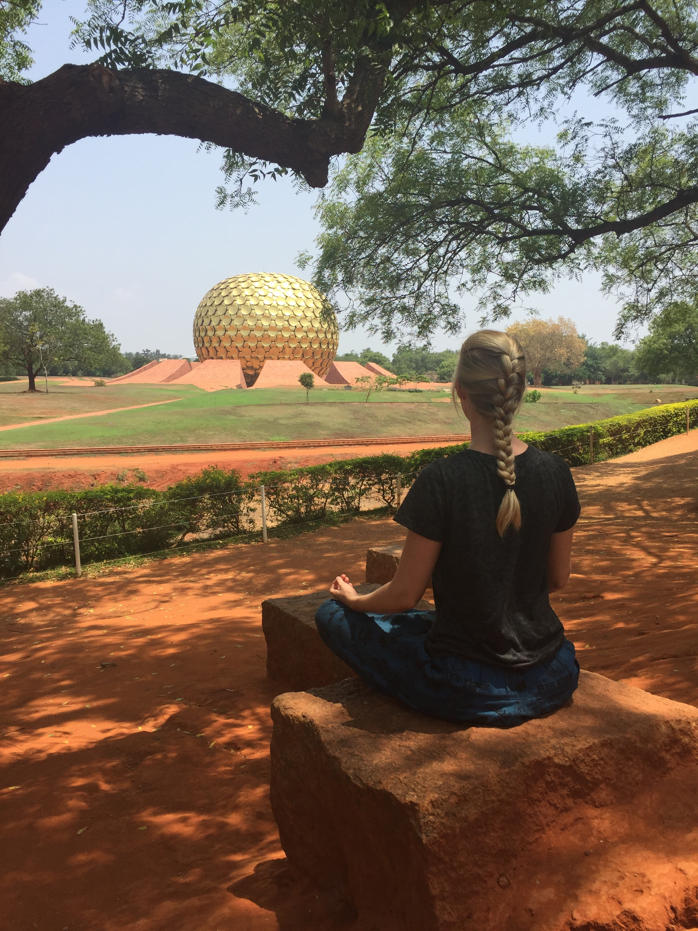 Traveling India as a Blonde Woman - Exploring 3 Indian States in 3 Months