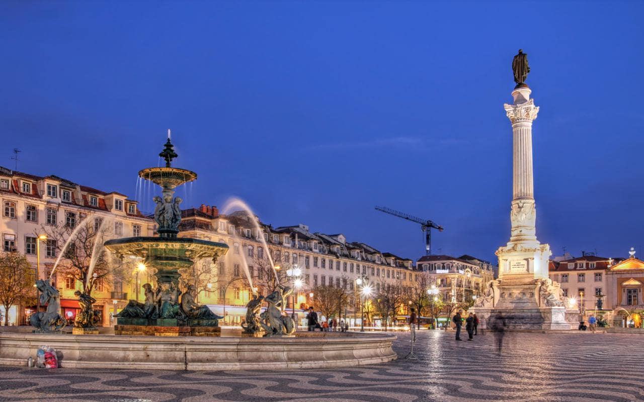 Lisbon---36-Hours---Rossio-Square-night-xlarge.jpg