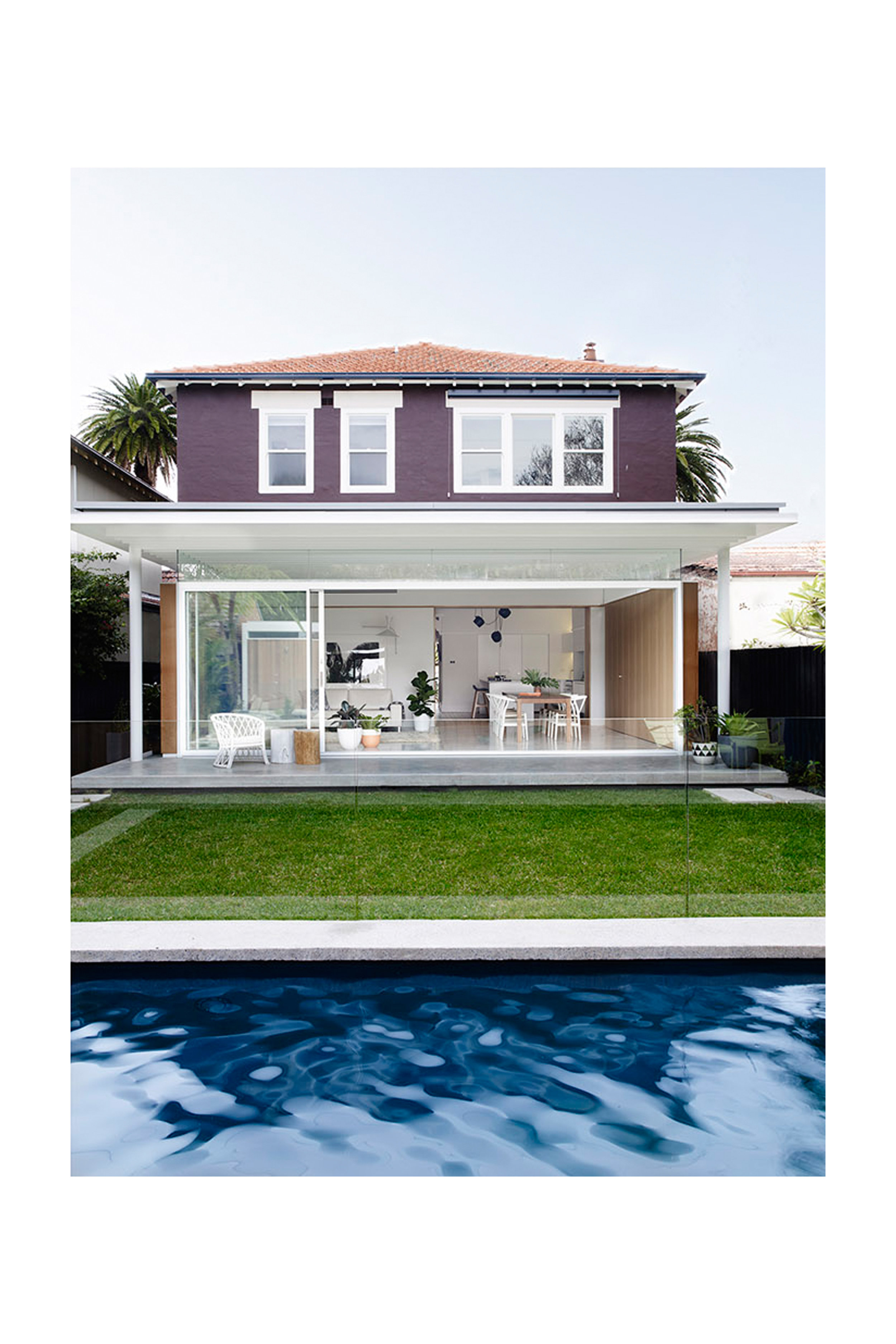 Website | File | Terence Yong Architecture | Coogee House : 2 in 1 | Addition | A multi-layered visual experience looking to the East (Living-Dining-Terrace extension) from the Pool | 02.jpg
