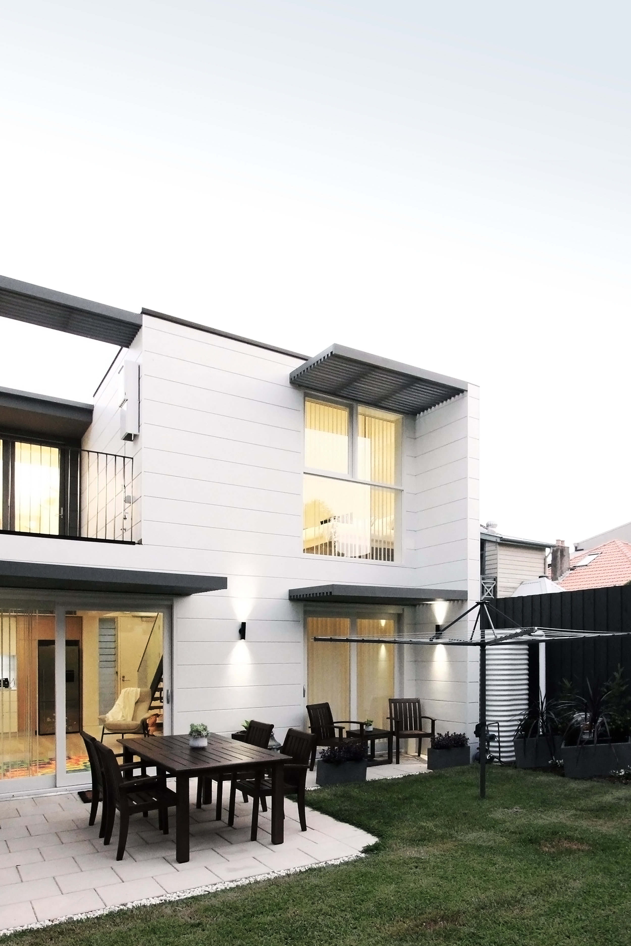 Website | File | Terence Yong Architecture | 3 Townhouses in Balmain : Siblings | A generous, Northerly grassed garden at the rear.jpg