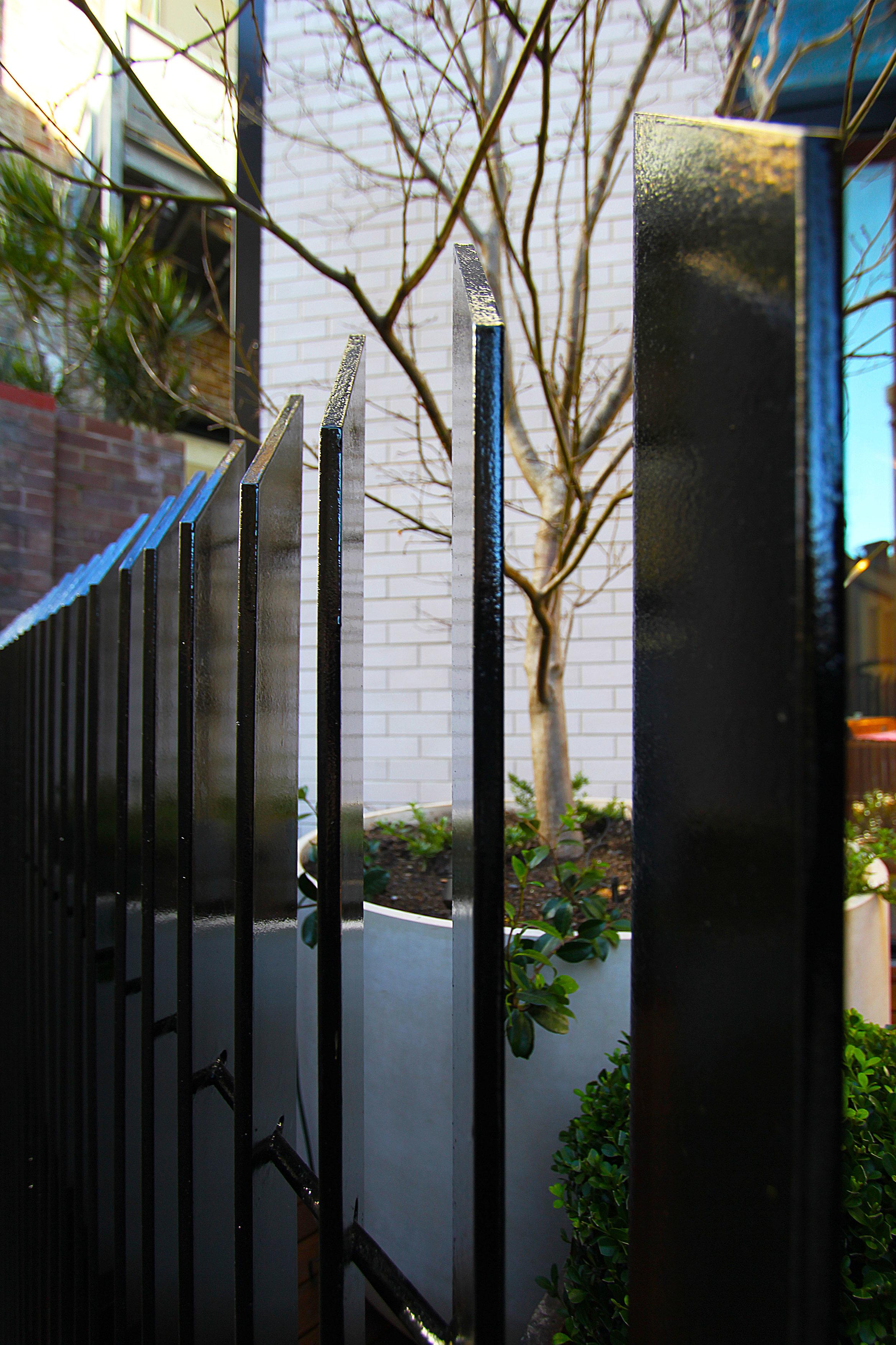 TYA Photography | Little Albion Guest House | Little Albion Street | Fencing | Winter | Arvo 02 | A9109.jpg