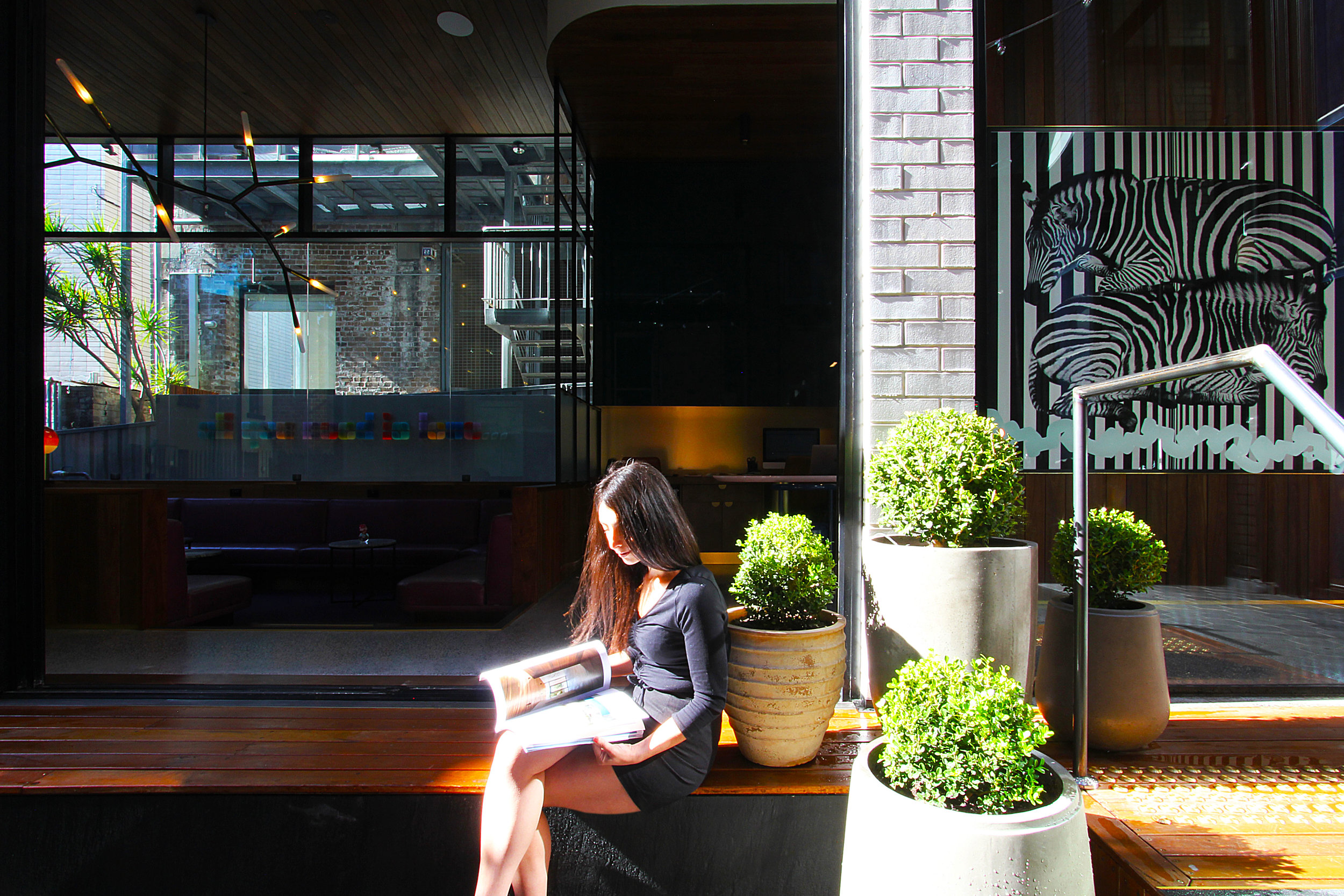 TYA Photography | Little Albion Guest House | Entrance Courtyard | Winter | Morning 01 | A8894.jpg