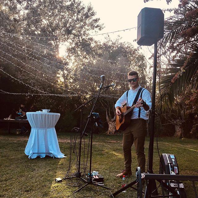 Cocktail hour at Ysabella and Francis' beautiful wedding 🌴 🎤 🎶 🎸 #singer #musician #singerguitarist #infinityf19 #weddingsinger #andalucia #sanmartin #andaluciawedding #privateevent #hotelcastellar #eventprofs #boseprofessional #livemusic #soloartist #gig #sm58 #weddingparty #drinksreception #cocktailhour #gibraltarwedding #spainwedding #andaluciawedding  #martinguitar #boses1pro