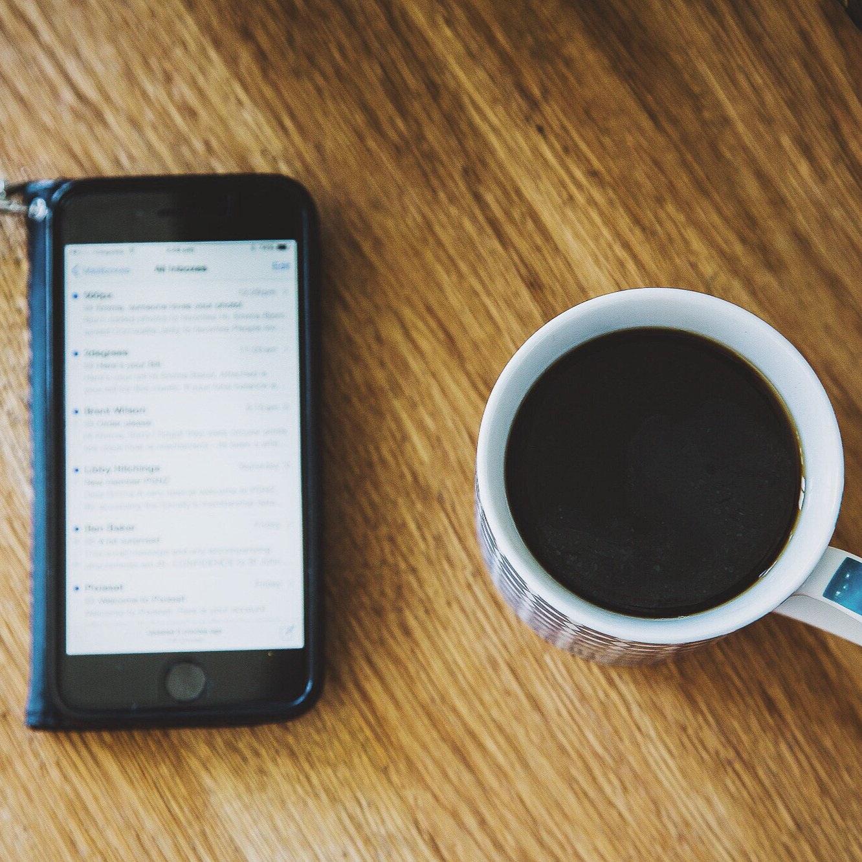 Stock+-+coffee+%2B+phone.jpg